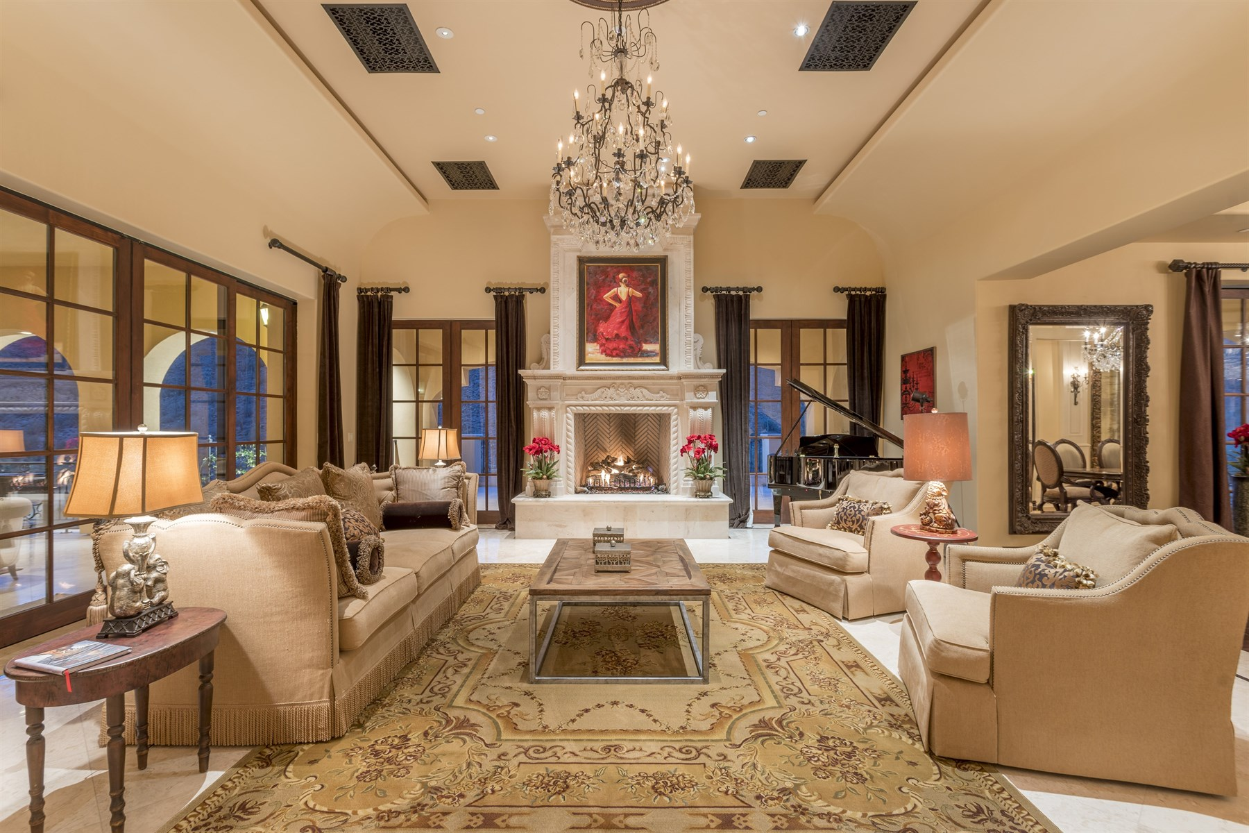 Single Family Homes for Active at Elegant Renovated Estate in Silverleaf 10966 E Grandview Way Scottsdale, Arizona 85255 United States