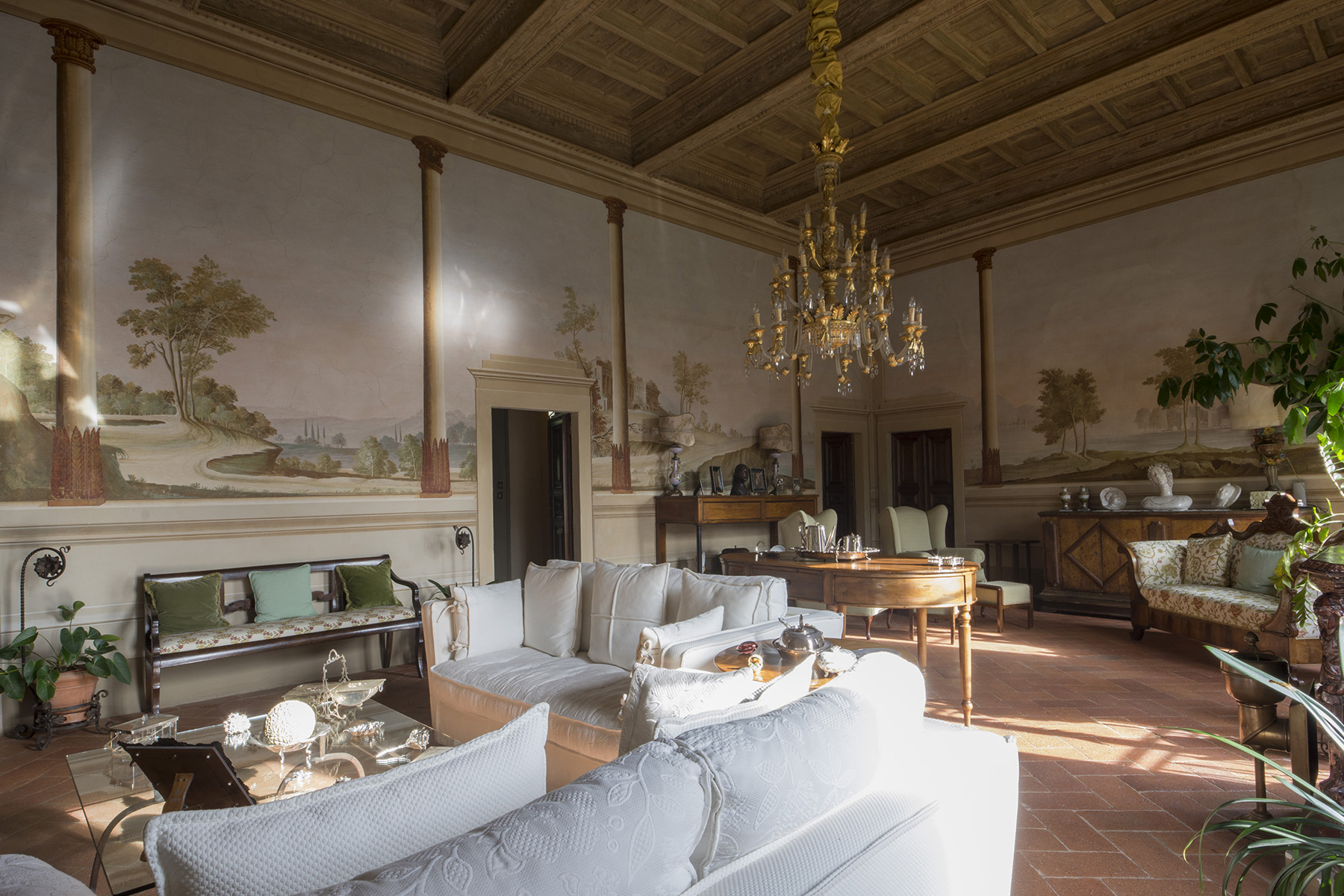 Additional photo for property listing at Stunning apartment in the Tuscan countryside Via San Vito Pistoia, Pistoia 51100 Italia