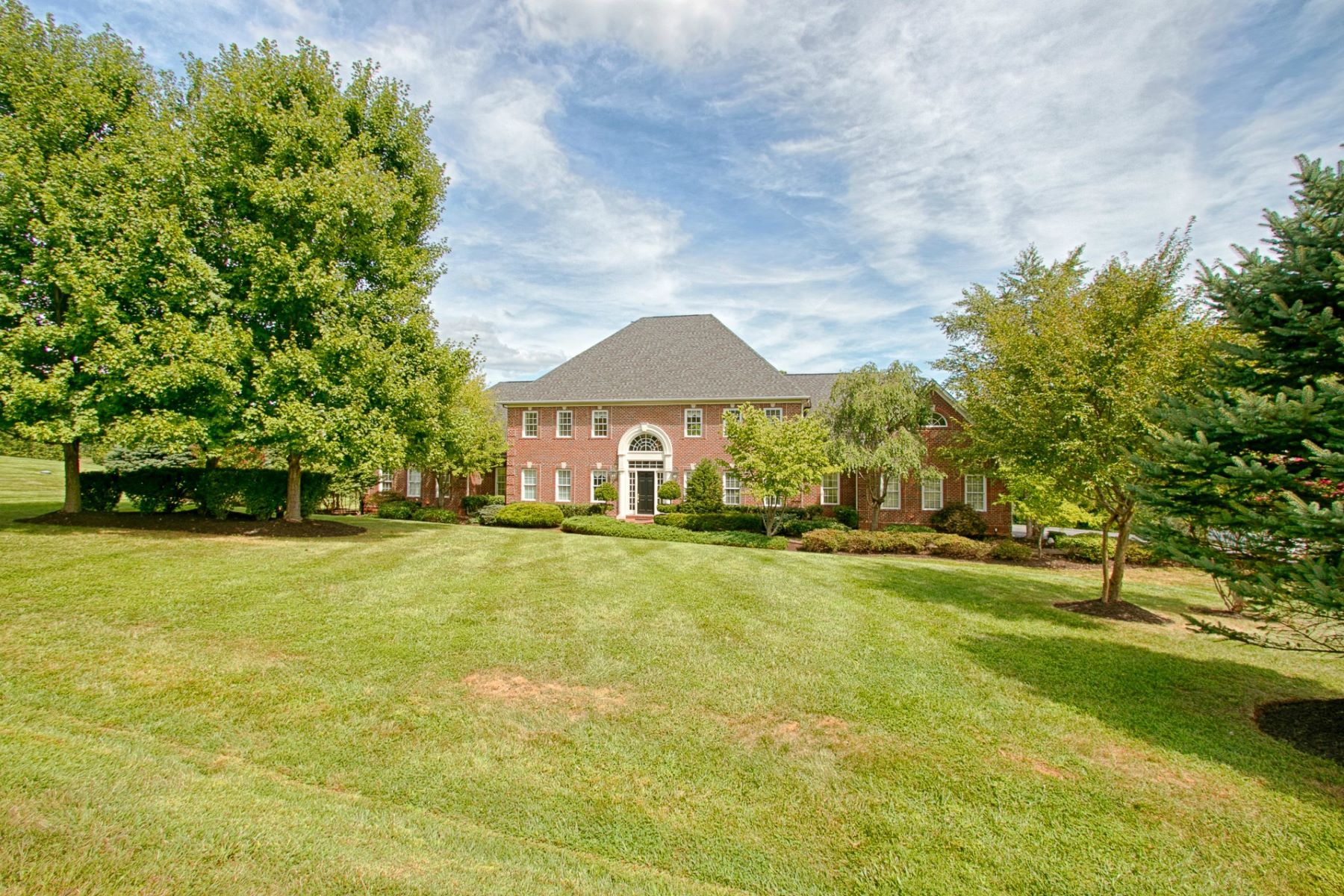 Single Family Home for Sale at Triple Crown Winner 16730 Whirlaway Court Leesburg, Virginia, 20176 United States