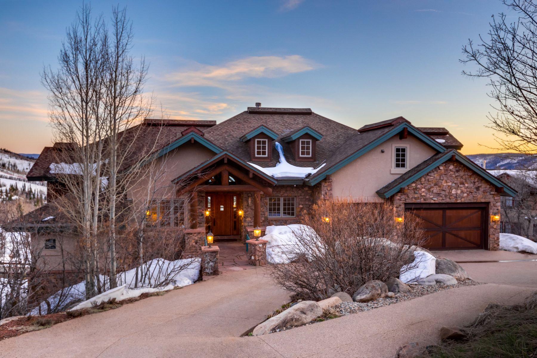 Maison unifamiliale pour l Vente à Summit Haus 2580 Ridge Road Steamboat Springs, Colorado, 80487 États-Unis