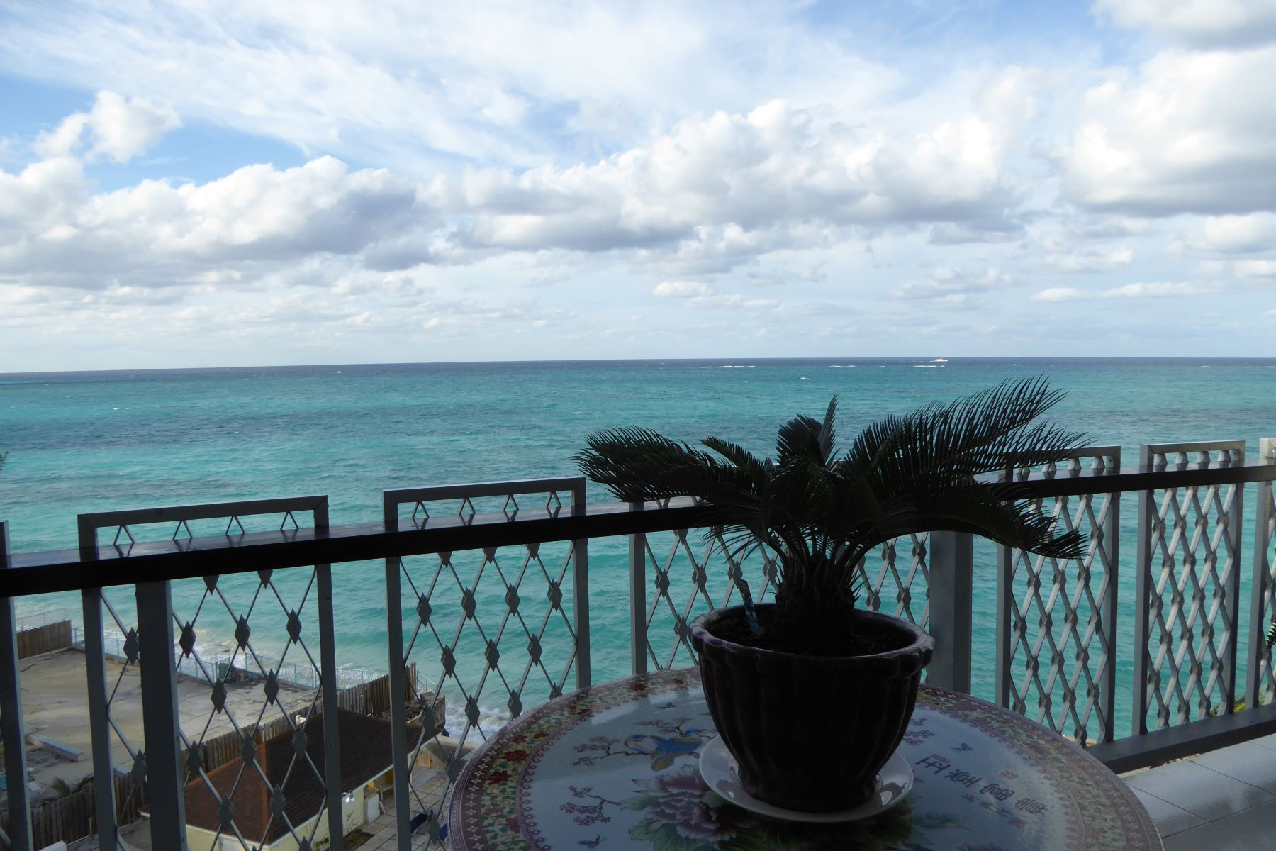 Additional photo for property listing at Rawson Court #502 Cable Beach, Nassau And Paradise Island Bahamas