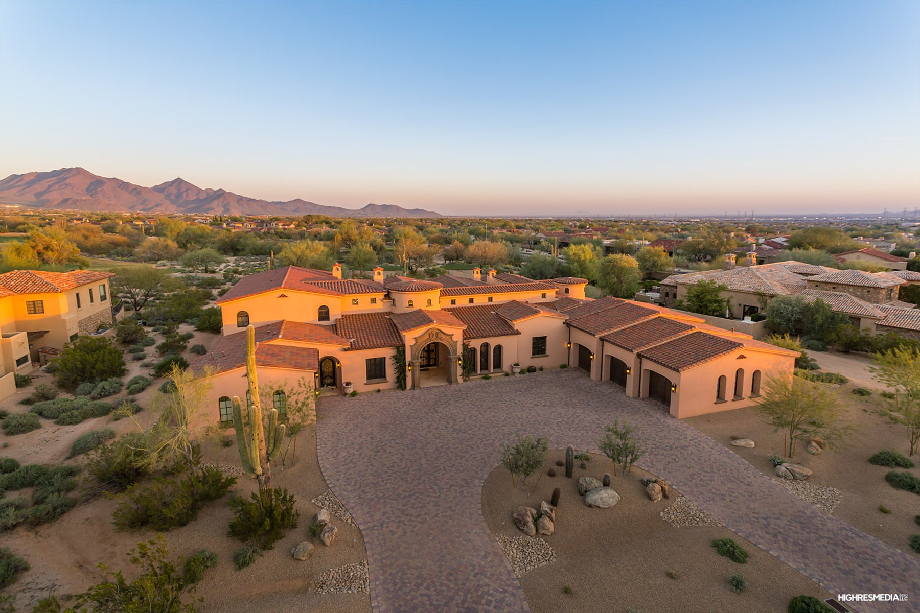 Single Family Home for Sale at Custom estate sits along the 12th hole of the Raptor course 21517 N 81st St Scottsdale, Arizona, 85255 United States