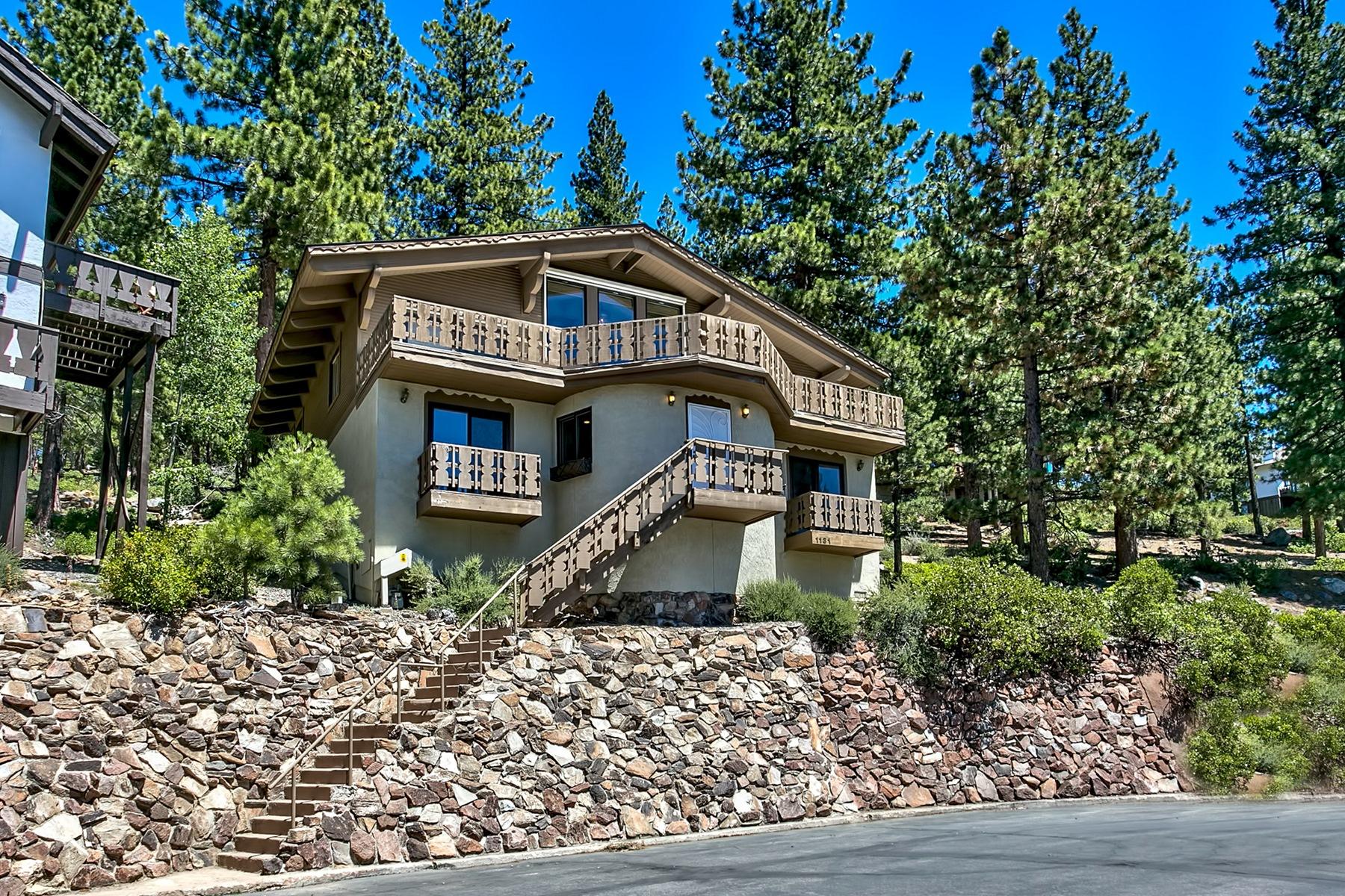 独户住宅 为 销售 在 1131 Lucerne Way Incline Village, 内华达州, 89451 Lake Tahoe, 美国