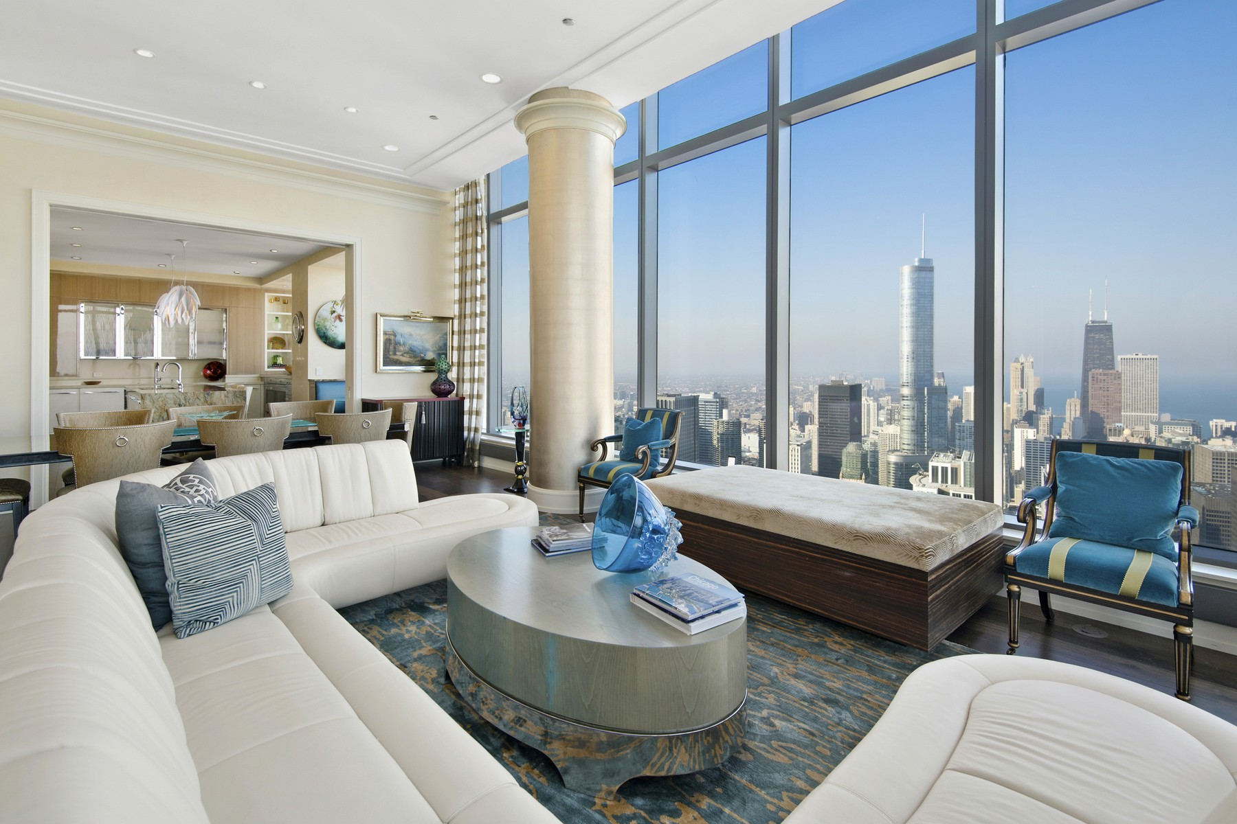 共管物業 為 出售 在 The Penthouse at The Legacy 60 E Monroe Street Unit 7201 Loop, Chicago, 伊利諾斯州, 60603 美國