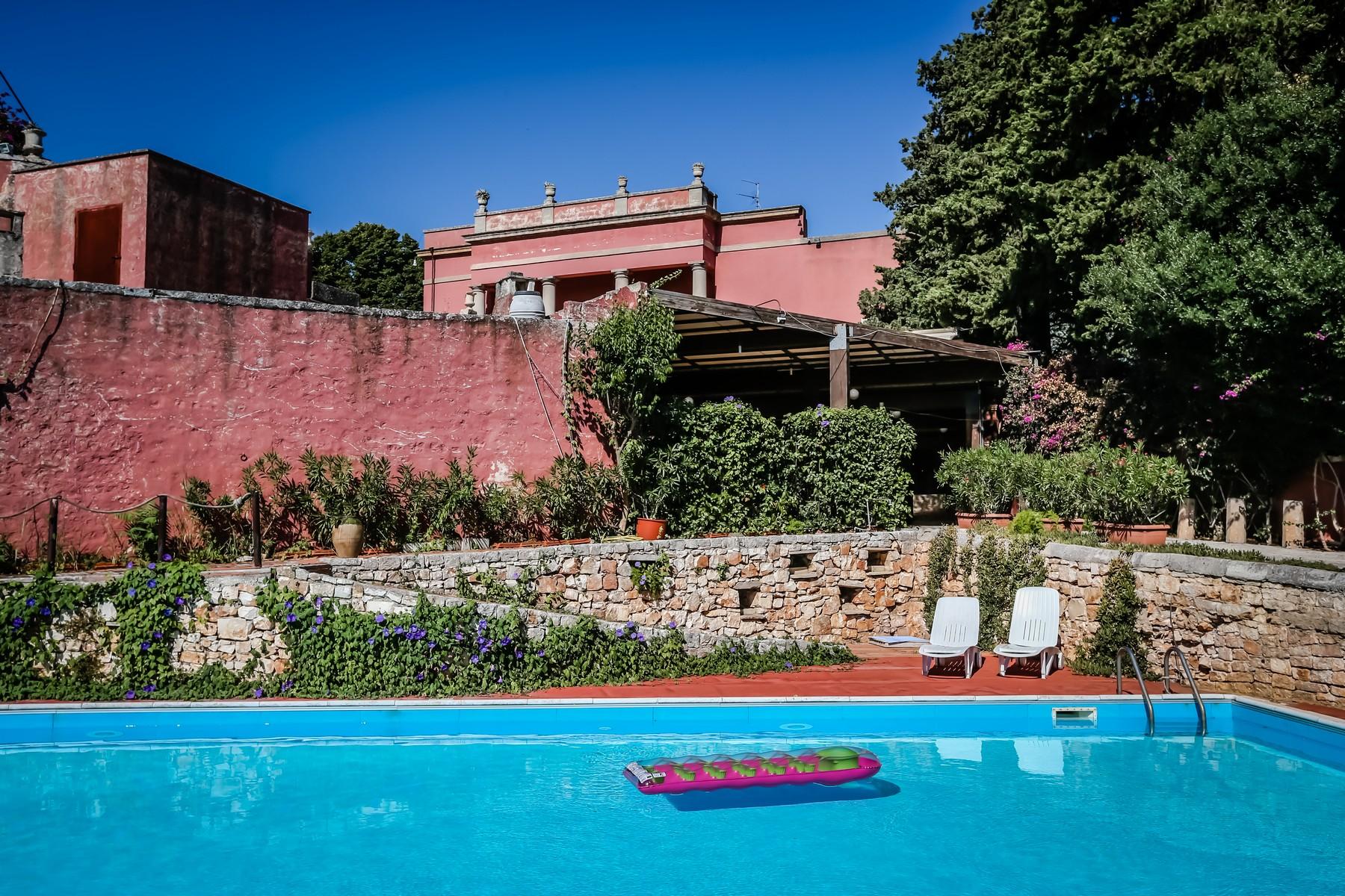 Additional photo for property listing at Villa Meo Evoli Contrada S. Oceano Monopoli, Bari 70043 Italy