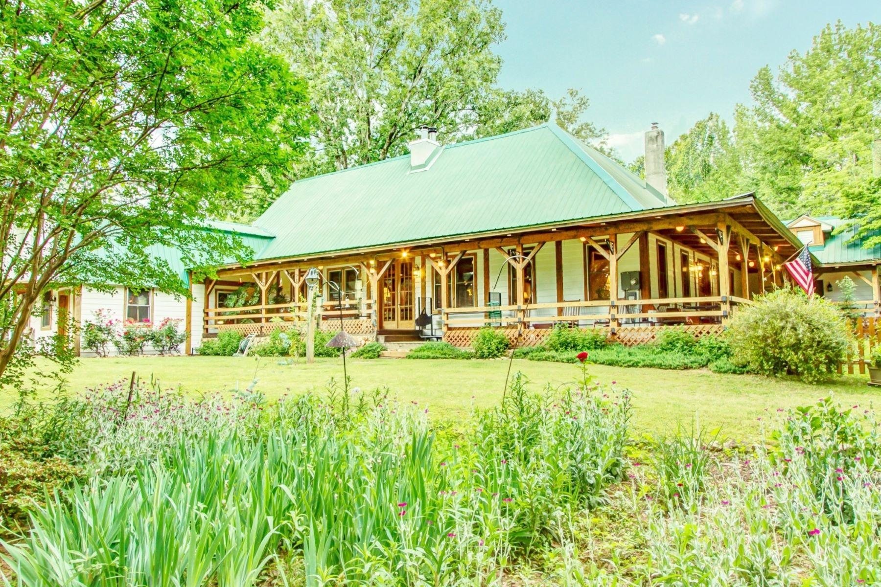 단독 가정 주택 용 매매 에 Original 1885 Frank Kirk Farmhouse on 8 Acres of Confederate Battle Fields 773 Frank Kirk Road Kennesaw, 조지아, 30152 미국