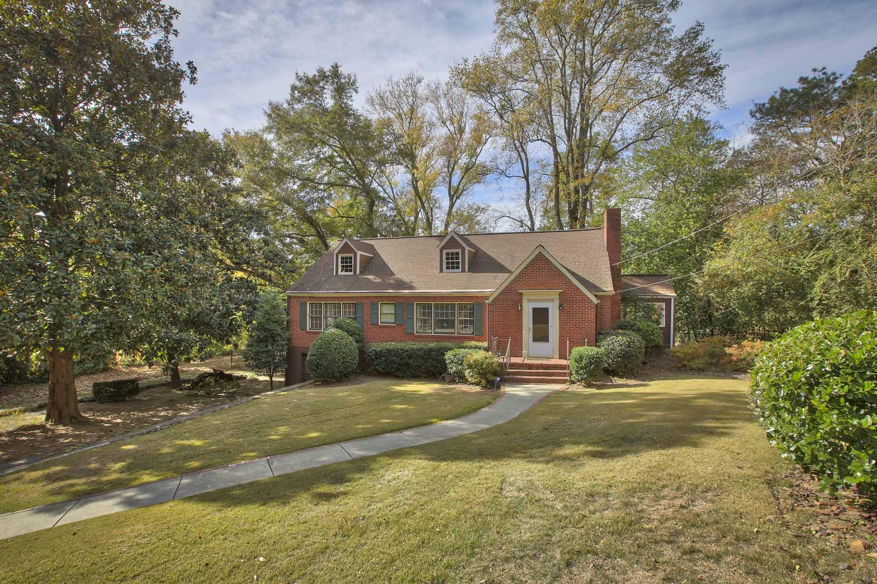 獨棟家庭住宅 為 出售 在 Haynes Manor 2236 Dellwood Drive NW Haynes Manor, Atlanta, 喬治亞州, 30305 美國