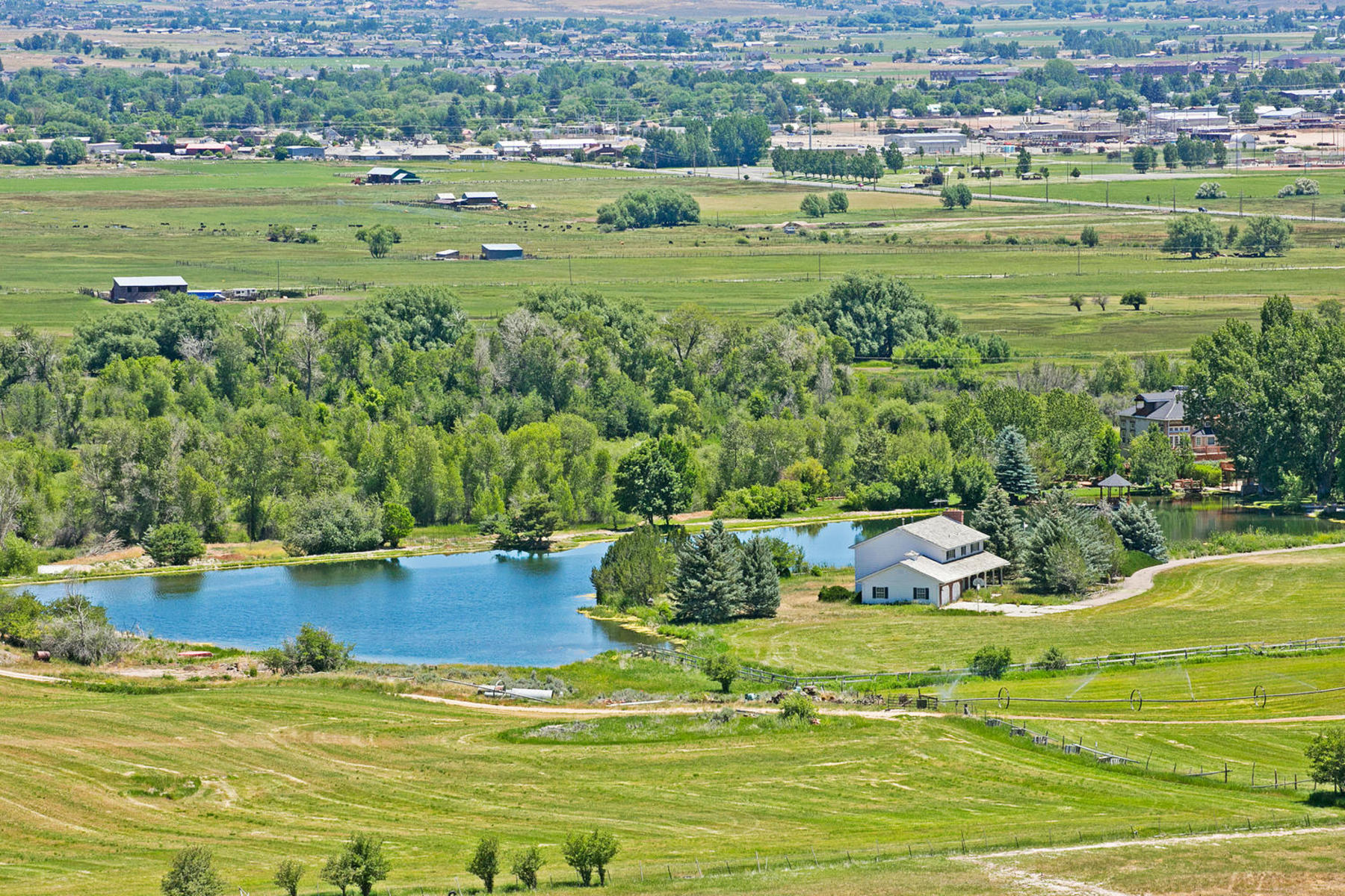 Maison unifamiliale pour l Vente à 10 Plus Acres Development Parcel In Midway! 815 East Main St Midway, Utah, 84032 États-Unis