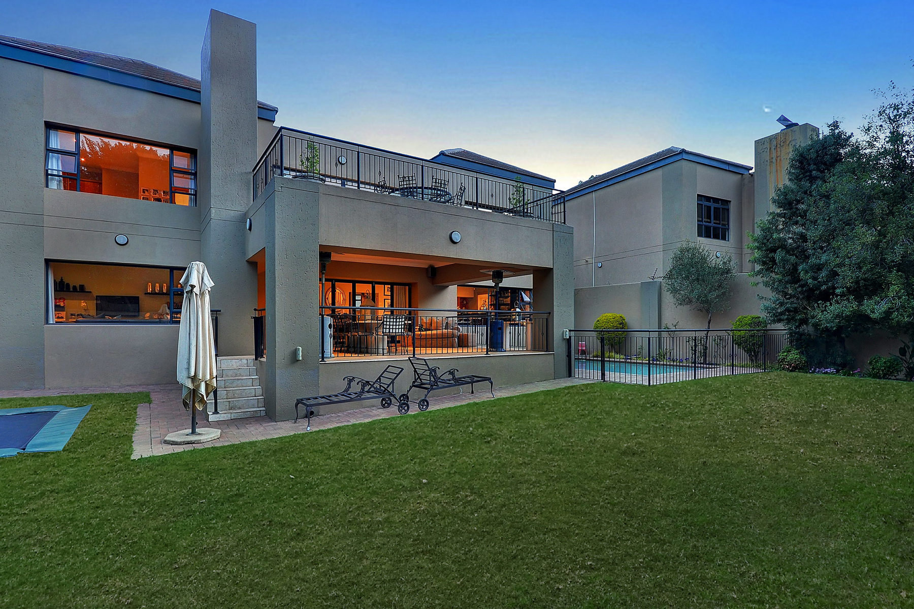 Einfamilienhaus für Verkauf beim Atholl Johannesburg, Gauteng, Südafrika
