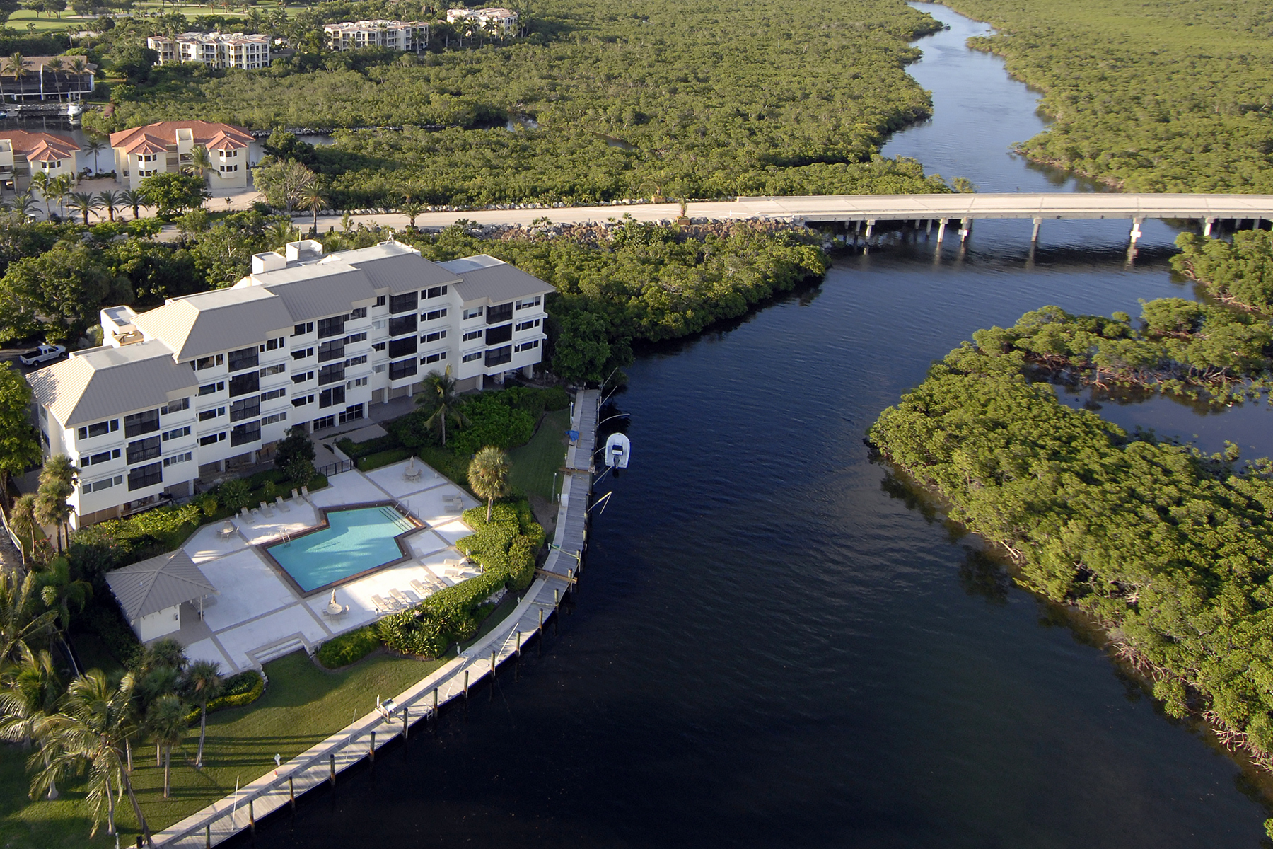 Additional photo for property listing at Creek House Condominium at Ocean Reef 201 Creek House Key Largo, Florida 33037 United States