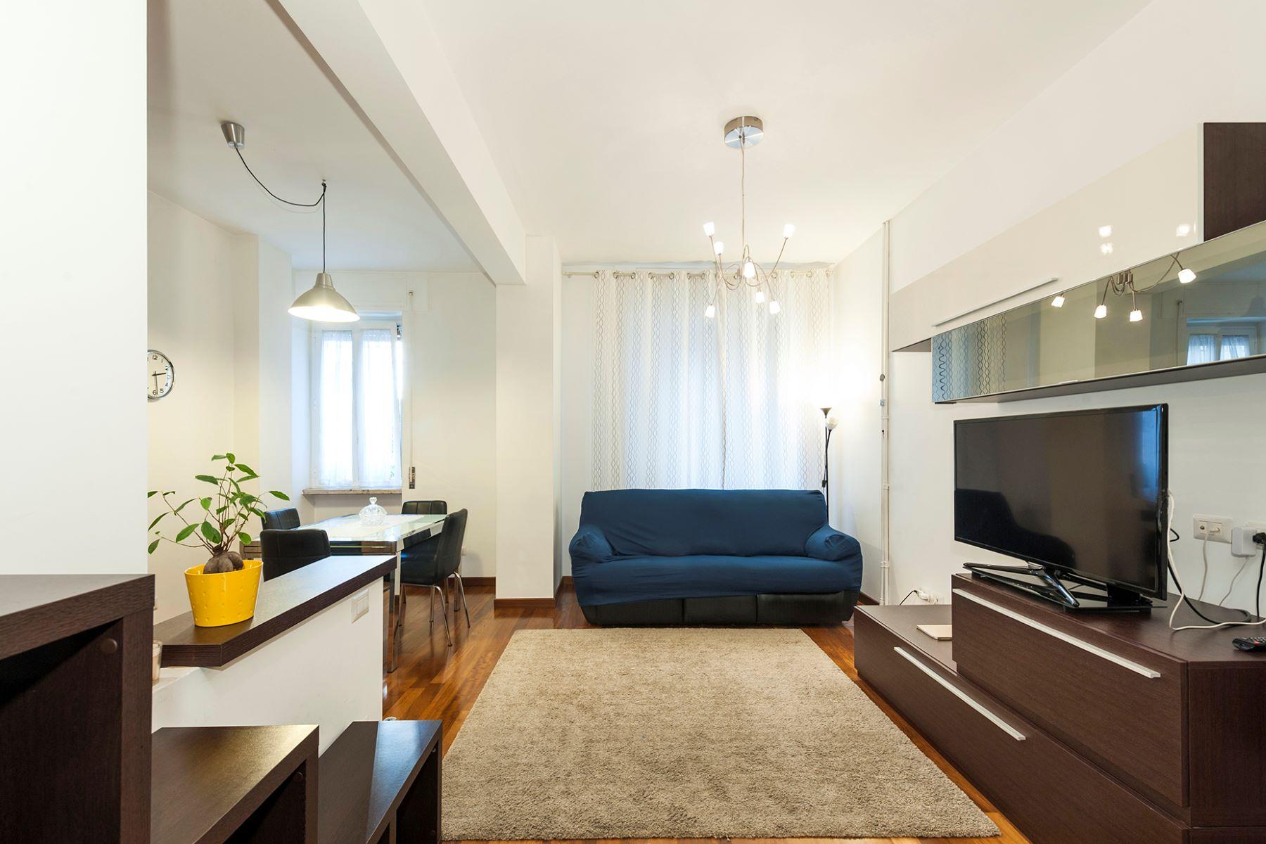 Appartement pour l Vente à Renovated apartment in the Prati neighborhood Via Costabella Rome, Rome 00195 Italie