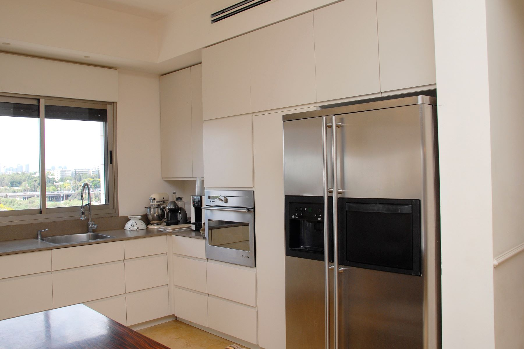 "Additional photo for property listing at Serenity in the Luxurious ""Alexander"" Penthouse  Tel Aviv, Israel 6964110 Israel"