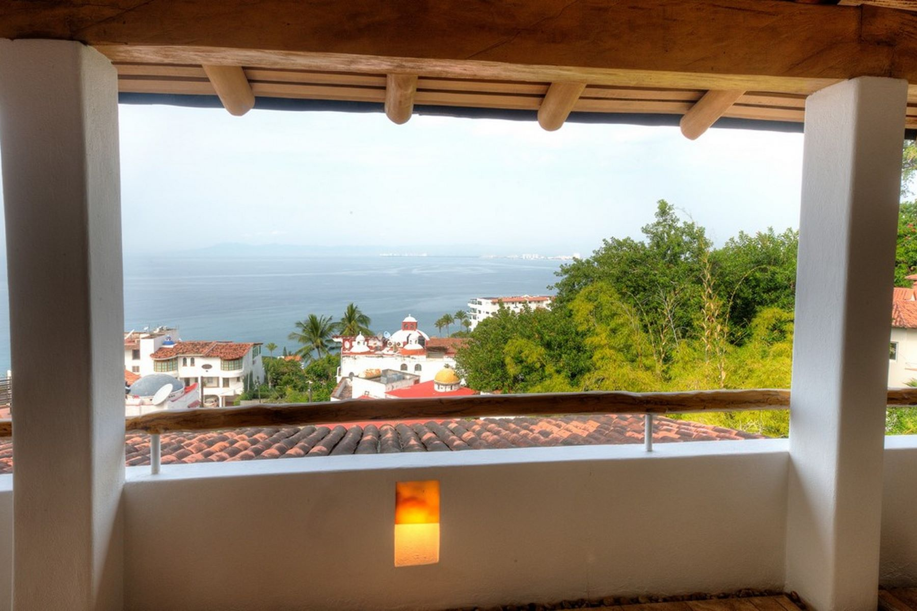 Additional photo for property listing at Montemar 8 Paseo de los Delfines 136 DP 8 Puerto Vallarta, Jalisco 48399 Mexico