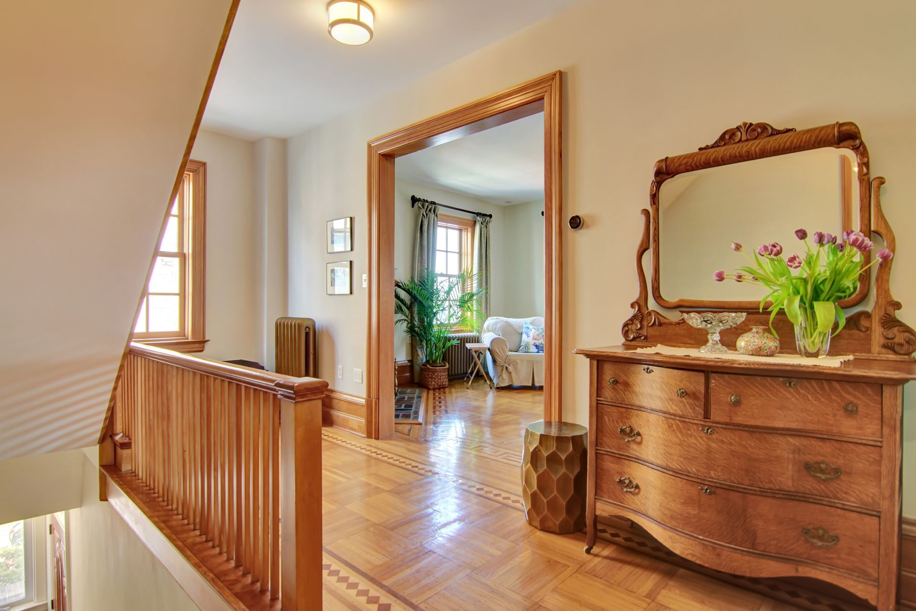 Частный односемейный дом для того Аренда на Panoramic views, custom design and detail blended with historic charm 825 BLVD East #2 Weehawken, Нью-Джерси 07086 Соединенные Штаты