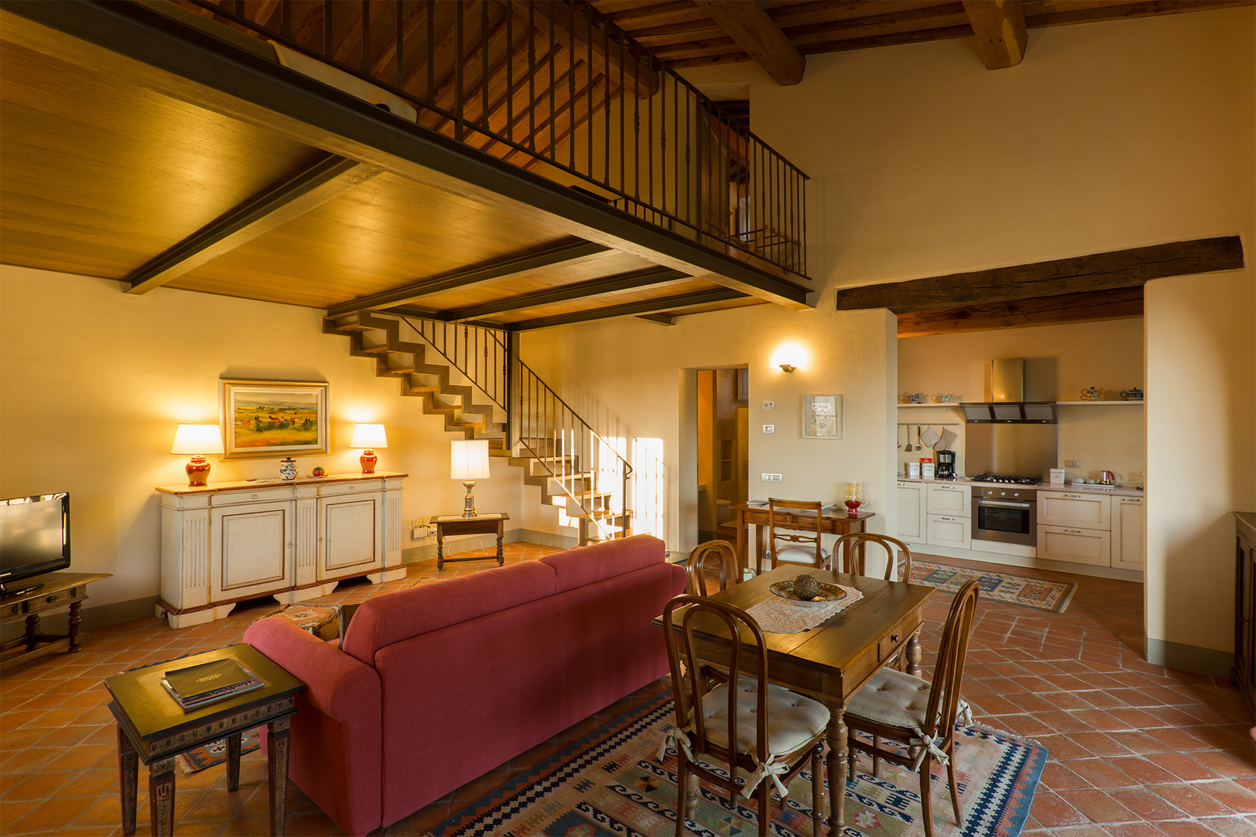 Additional photo for property listing at Charming Retreat near Casole d'Elsa and Volterra  Casole D Elsa, Siena 53031 Italia