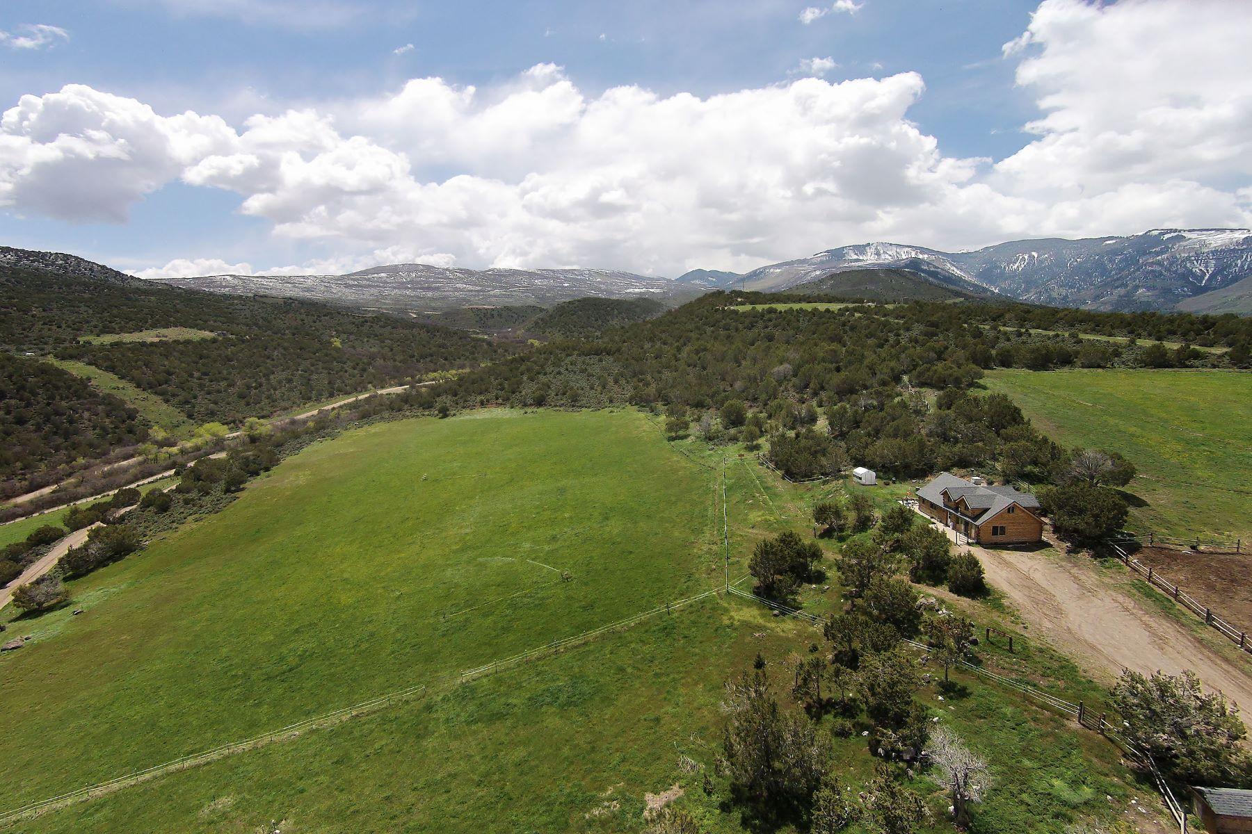 Ферма / ранчо / плантация для того Продажа на Lucky 13 Ranch 2309 County Road 317 Rifle, Колорадо, 81650 Соединенные Штаты