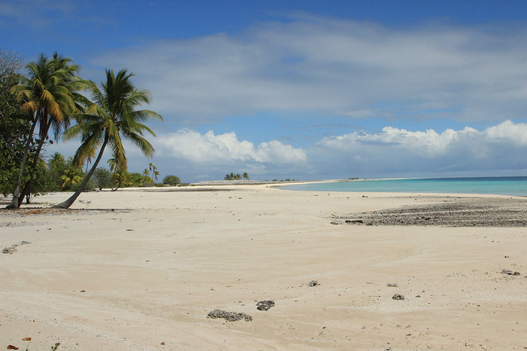 Arazi için Satış at Private atoll in the Tuamotu Nengonengo, French Polynesia