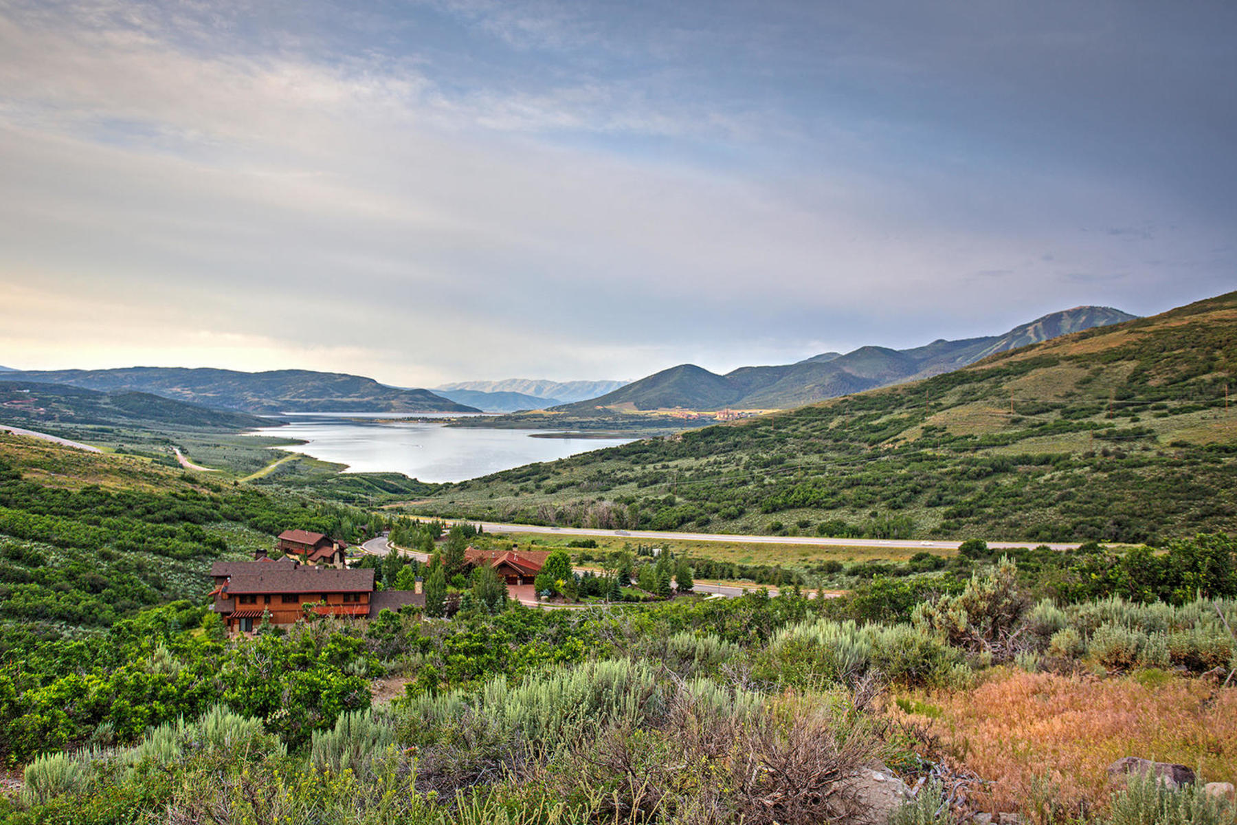 Additional photo for property listing at Come Experience the Gated Community of Deer Vista 170 W Vista Ridge Rd Lot 93 Heber City, Utah 84032 United States