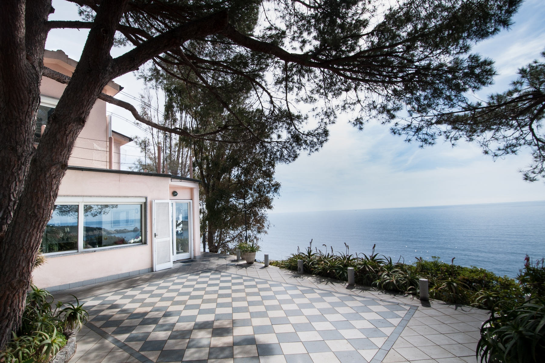 Additional photo for property listing at Waterfront villa with pool at Isola d'Elba  Campo Nell'elba, Livorno 57034 Italy