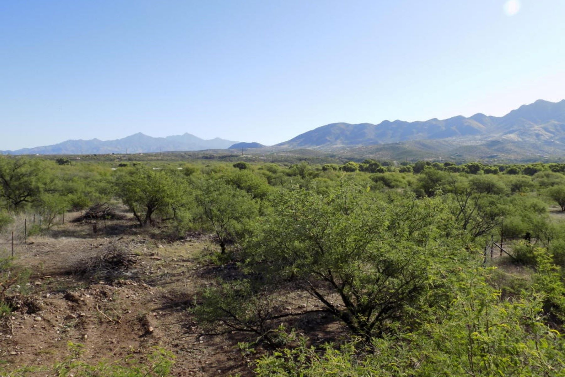 土地 为 销售 在 Interchange parcel adjoin TBD PALO PARADO INTERCHANGE 里约, 亚利桑那州, 85648 美国