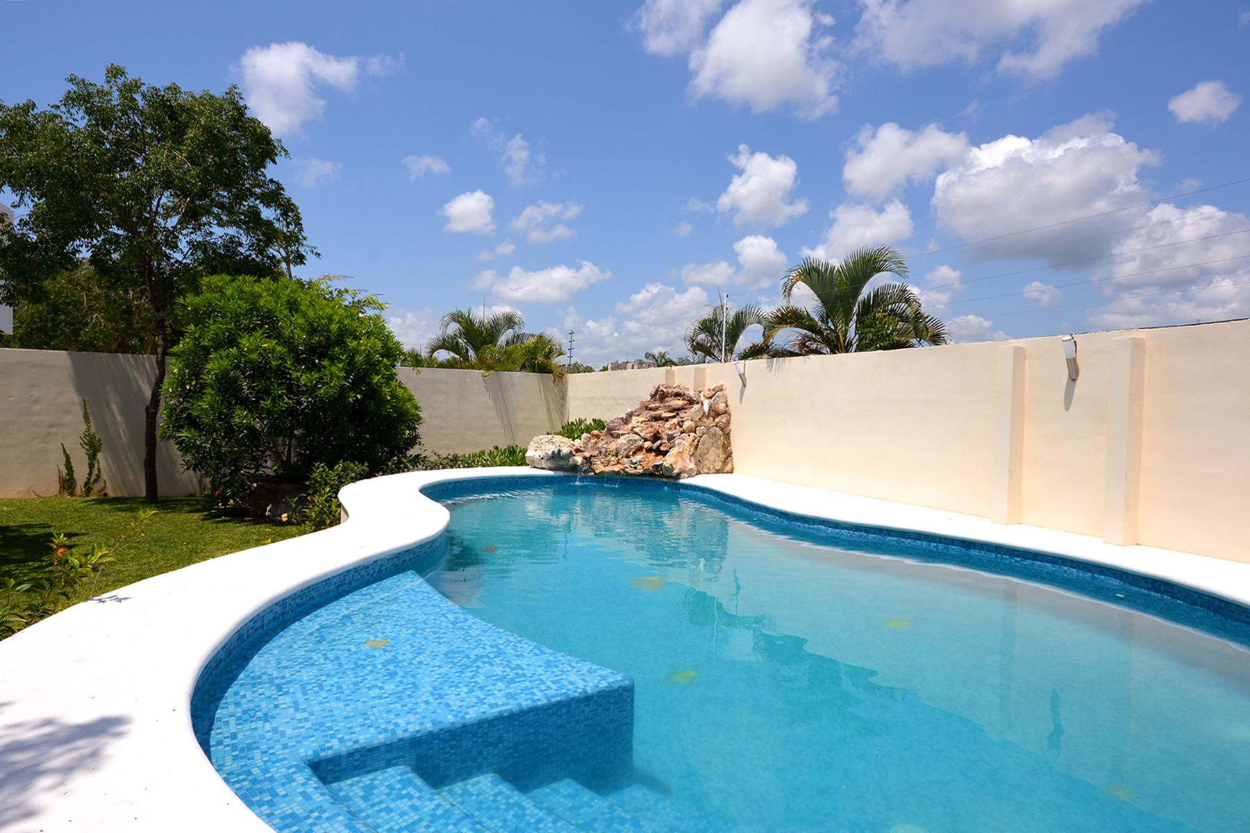 Additional photo for property listing at ENCHANTING GARDEN HOUSE Playa Magna Lote número 42 Y 43 Playa Del Carmen, Quintana Roo 77726 Mexico