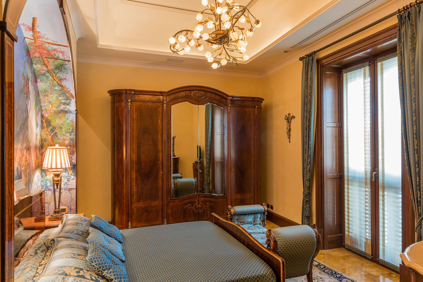 Additional photo for property listing at Spectacular apartment in the center of Sorrento Sorrento, Naples Italy