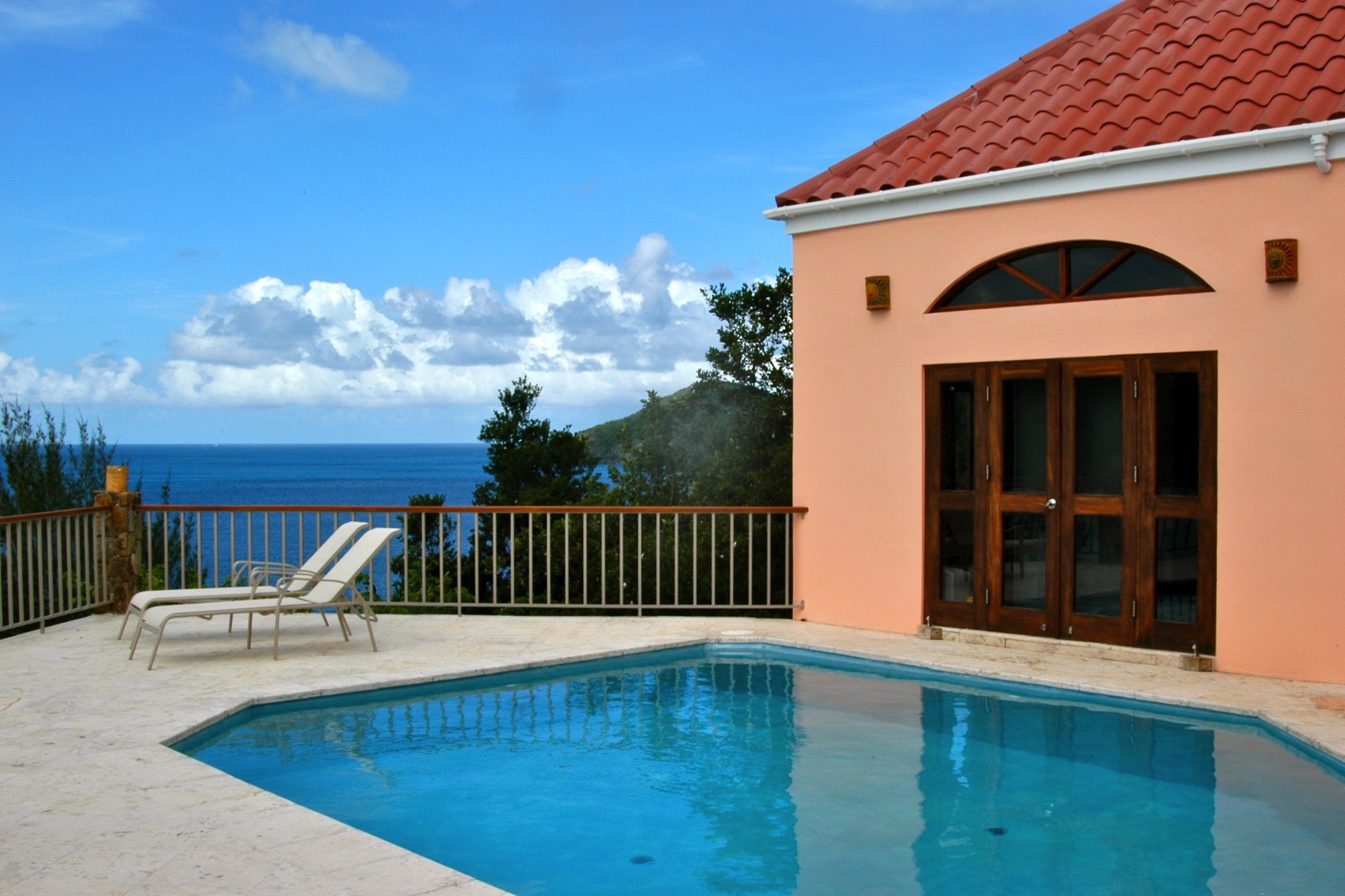 Additional photo for property listing at Villa Iona Little Bay, Tortola British Virgin Islands