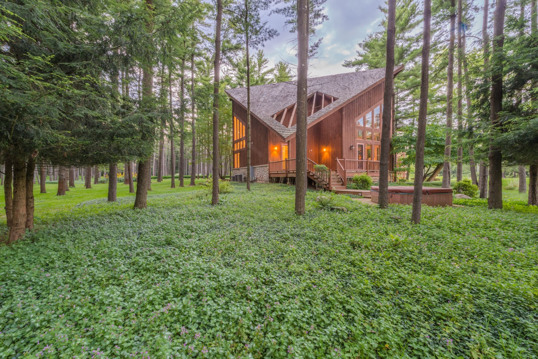 Additional photo for property listing at Northwoods Retreat on 33 Acres in Barrington Hills 207 Woodhaven Lane Barrington Hills, Illinois 60010 United States