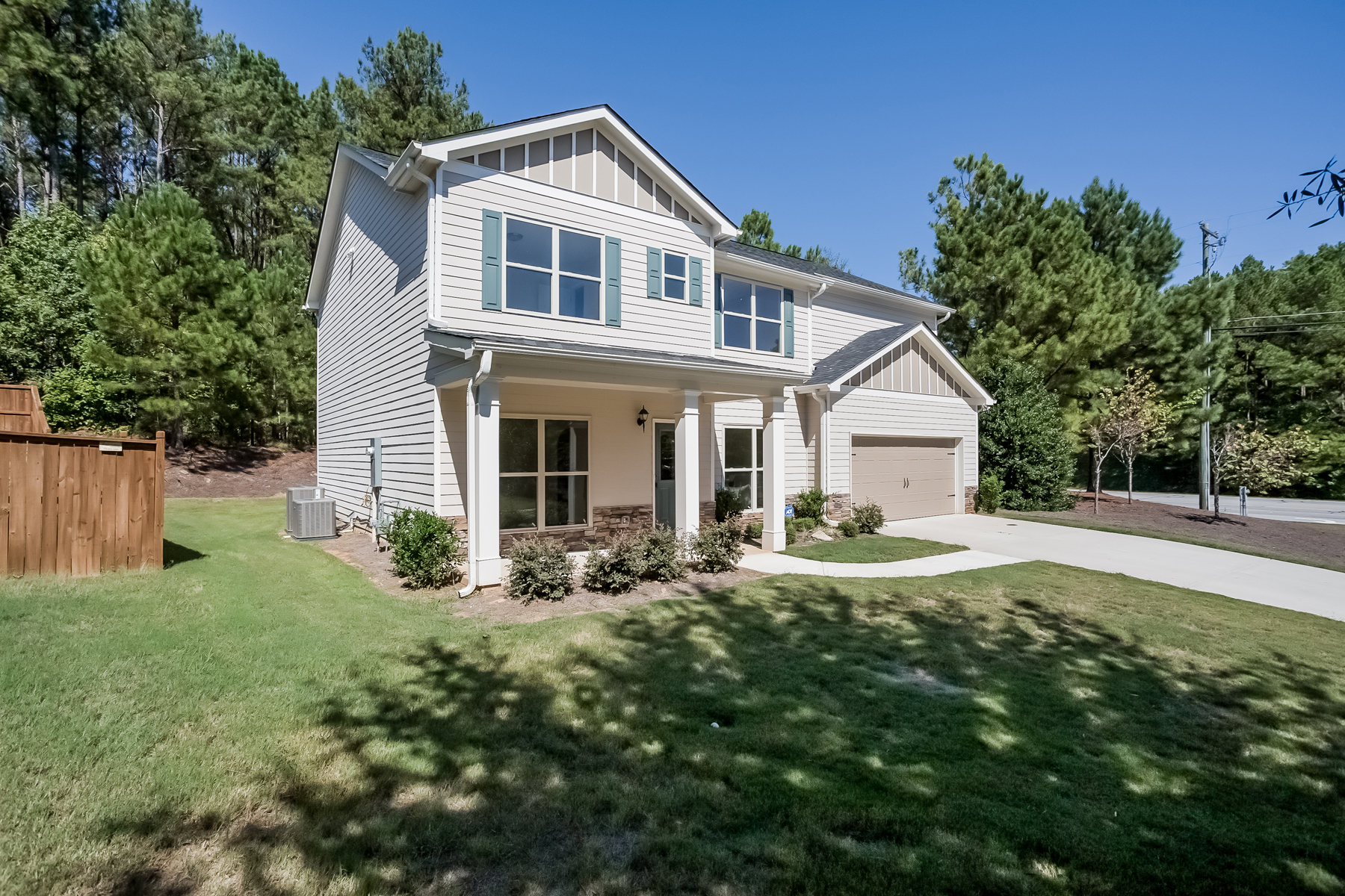Additional photo for property listing at Fairburn New Home, All Appliances and Blinds 2005 Village Green Drive Fairburn, ジョージア 30213 アメリカ合衆国