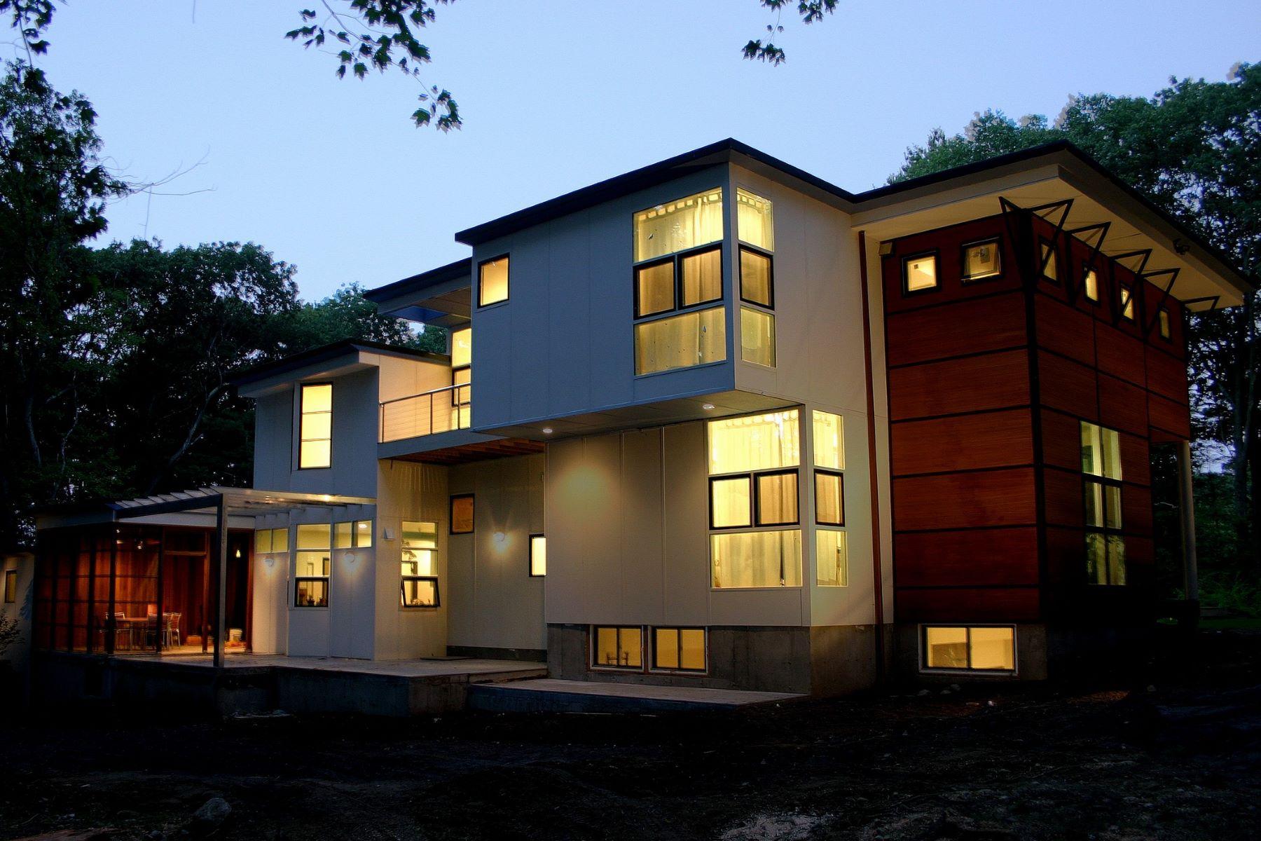 واحد منزل الأسرة للـ Sale في Dramatic Architecture on Pond 1 Hawk Hill Road Lincoln, Massachusetts 01773 United States