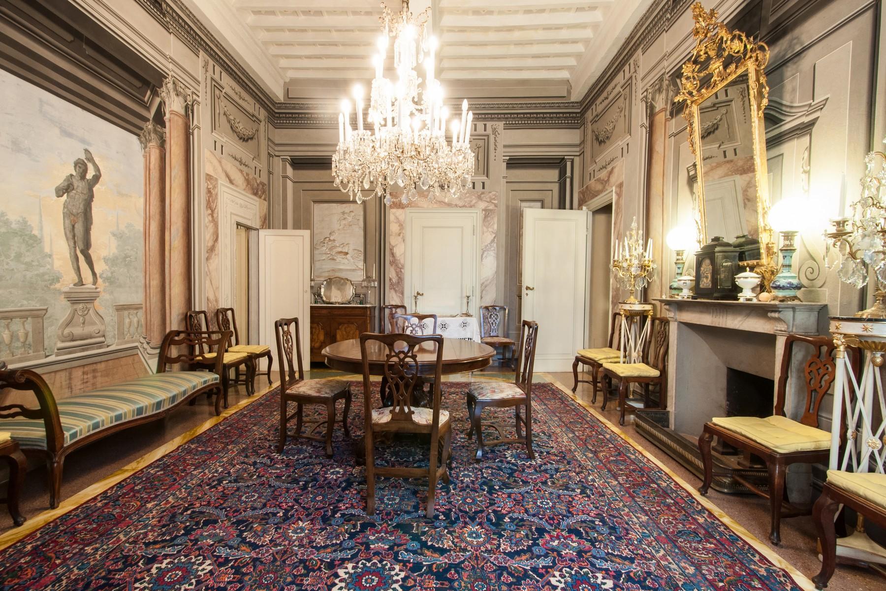 Additional photo for property listing at Prestigious apartment with frescoes Piazza San Francesco Prato, Prato 59100 Italy