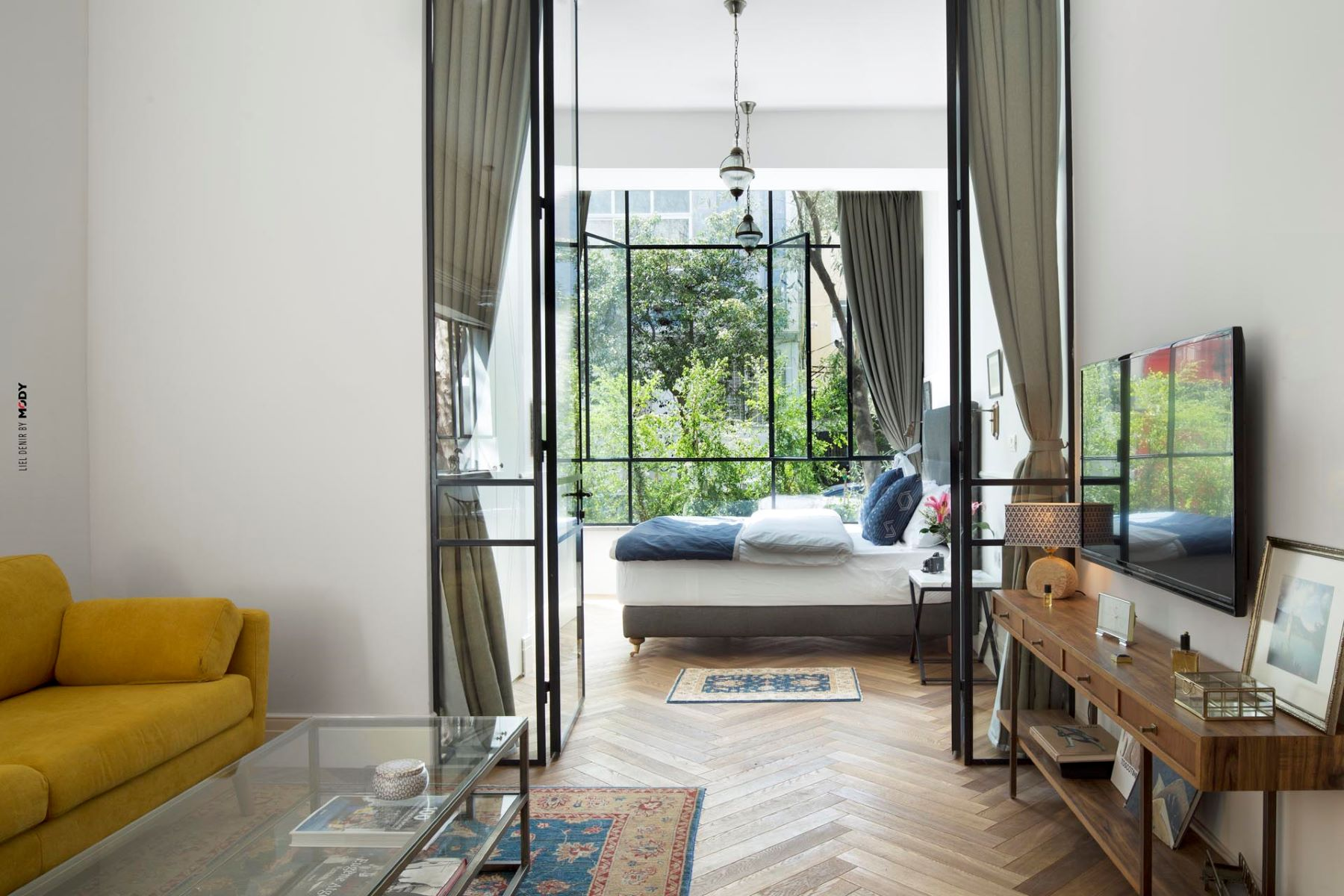 Additional photo for property listing at Elegant apartment in the heart of Tel Aviv Tel Aviv, Israel Israel