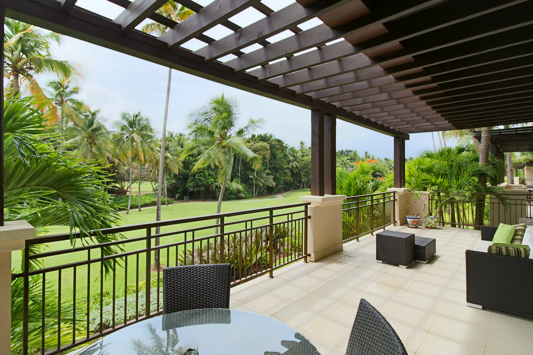 Additional photo for property listing at Fairway Villa at St Regis Bahia Beach State Rd. 187, Km. 4.2 Las Verandas Apt 3222 Bahia Beach, Puerto Rico 00745 Puerto Rico