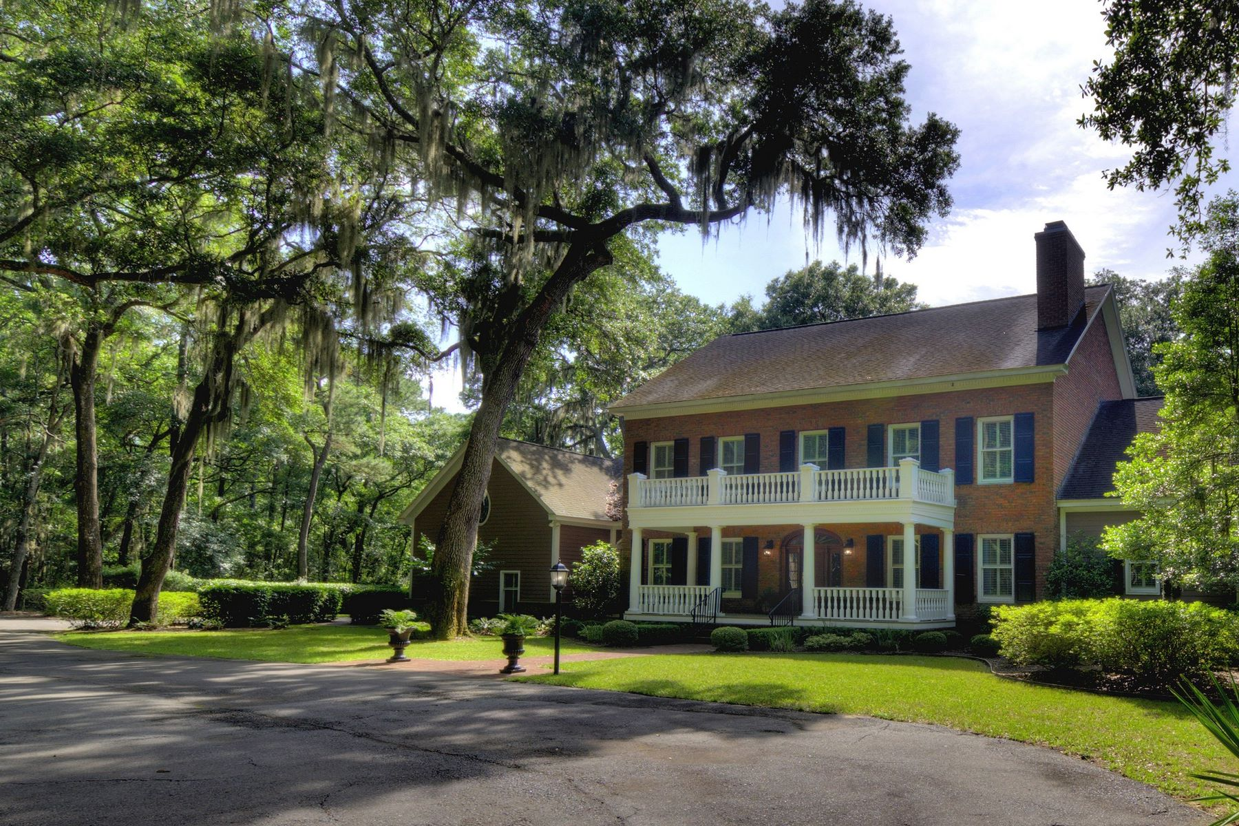 Single Family Home for Active at 25 Carriage Drive St. Simons Island, Georgia 31522 United States