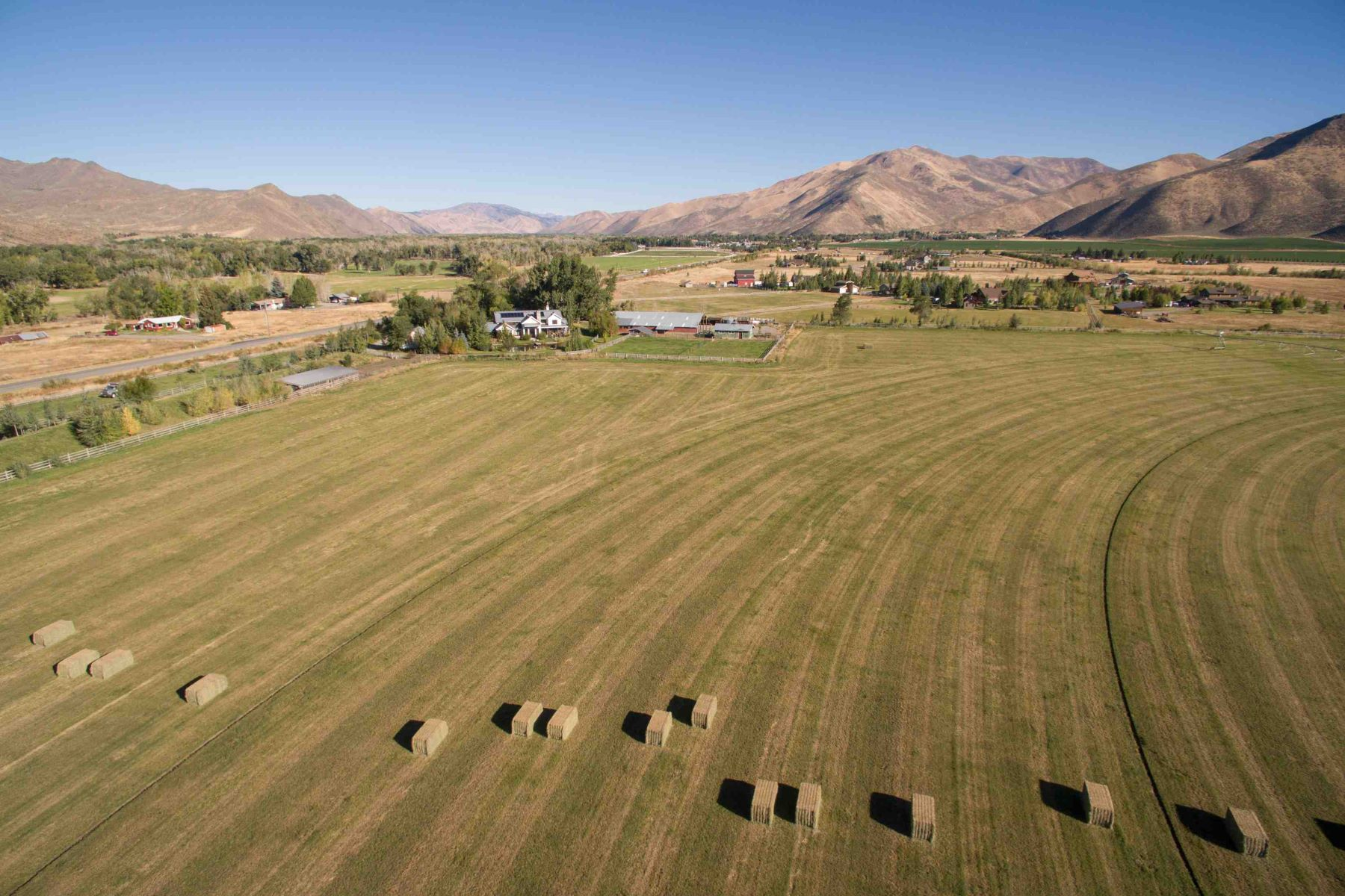 Additional photo for property listing at Your Dream Ranch 10965 and 10975 St Hwy 75 Bellevue, Idaho 83313 United States