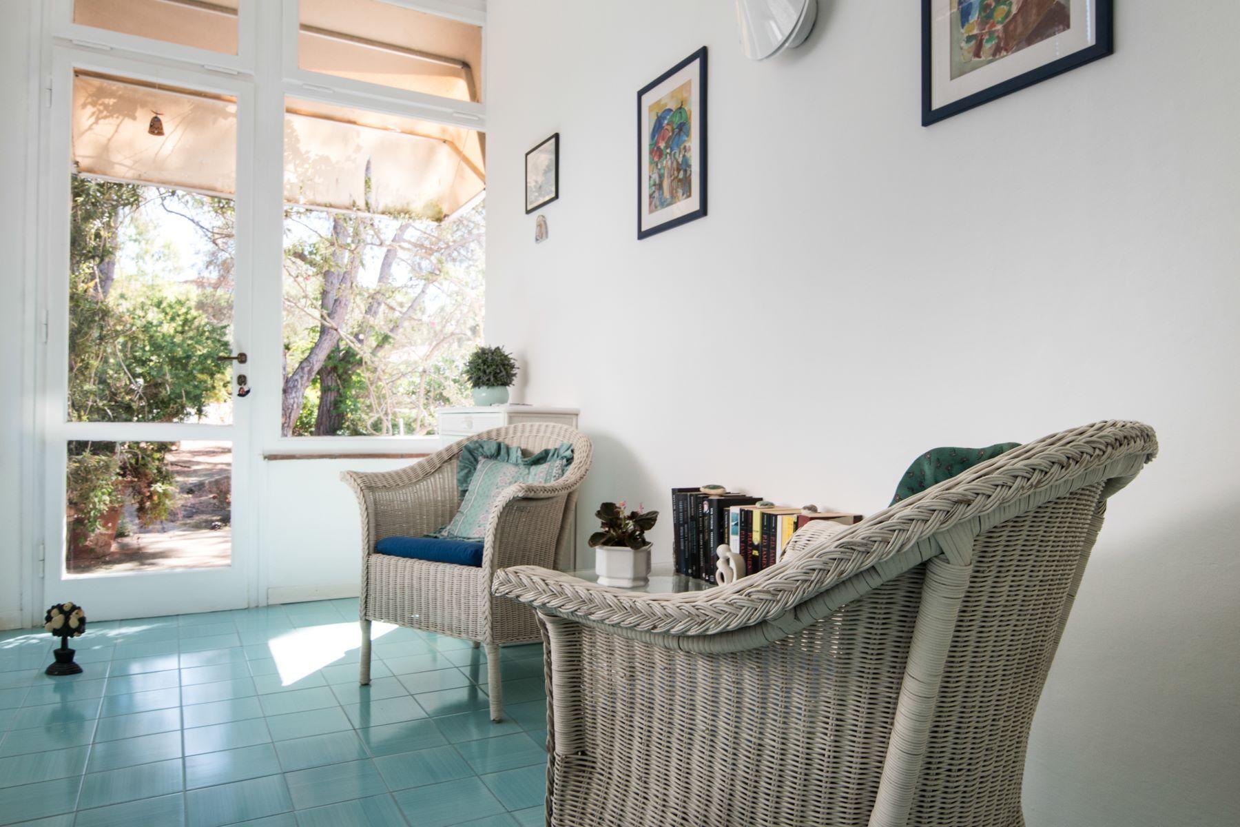 Additional photo for property listing at Unique beachfront villa with pool Via Einaudi Portoferraio, Livorno 57014 Italia
