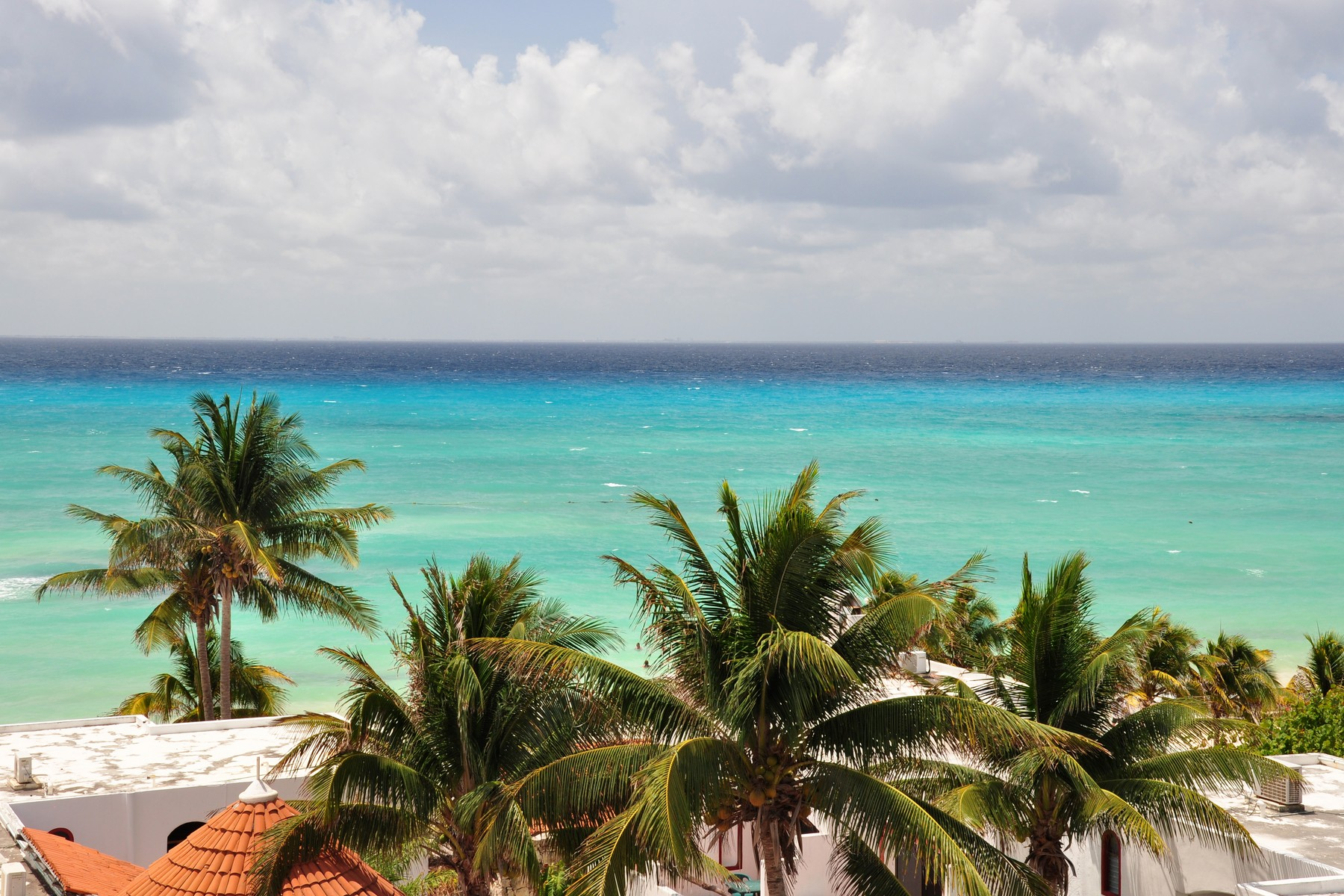 Additional photo for property listing at DEVELOPMENT PARCEL IN PREMIUM LOCATION IN DOWNTOWN Calle 8 entre 5ta Av. y la playa Playa Del Carmen, Quintana Roo 77710 Mexico