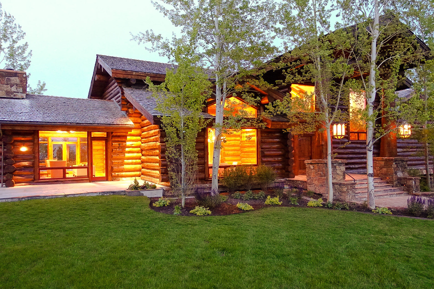 Villa per Vendita alle ore Unparalleled views, quality & craftsmanship 800 S. Crescent H Road Wilson, Wyoming, 83014 Jackson Hole, Stati Uniti