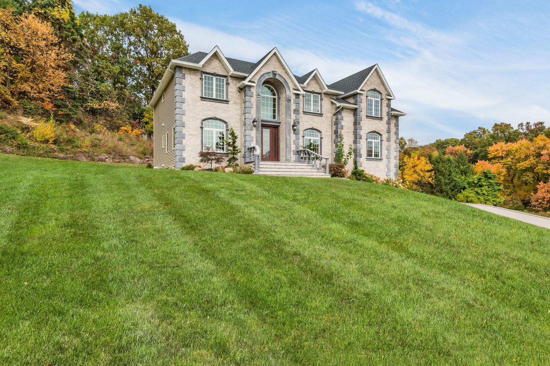 Single Family Home for Sale at Distinctively Designed Masterpiece 39 Renfrew Rd. New City, New York, 10956 United States