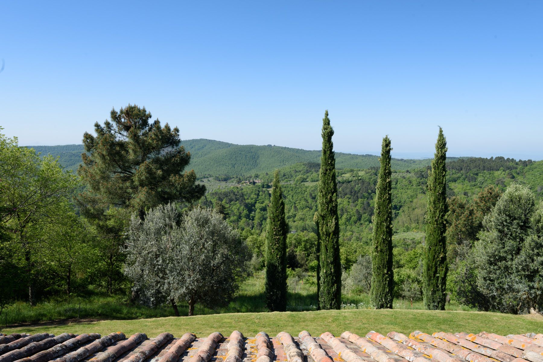 Additional photo for property listing at Charming property near the Castle of Gargonza Monte San Savino, Arezzo Italien