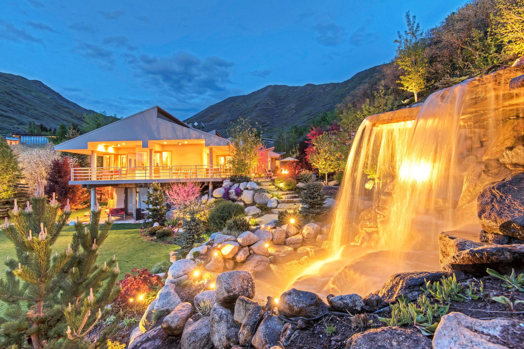 Vivienda unifamiliar por un Venta en Contemporary Carrigan Canyon Hideaway 3076 E Carrigan Canyon Rd Salt Lake City, Utah, 84109 Estados Unidos