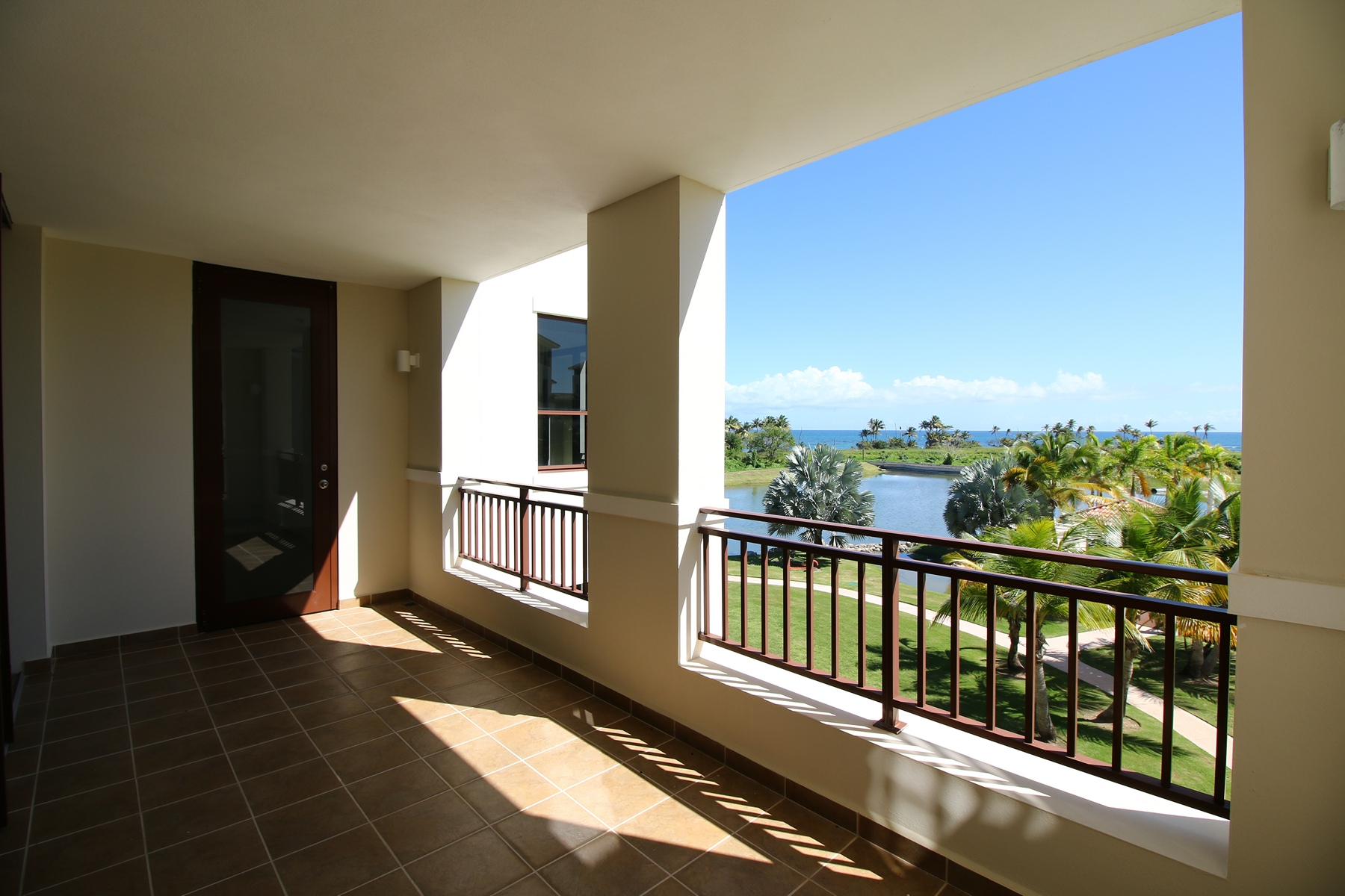 Additional photo for property listing at Residence 221 at 238 Candelero Drive 238 Candelero Drive, Apt 221 Solarea Beach Resort and Yacht Club Palmas Del Mar, Puerto Rico 00791 Πουερτο Ρικο