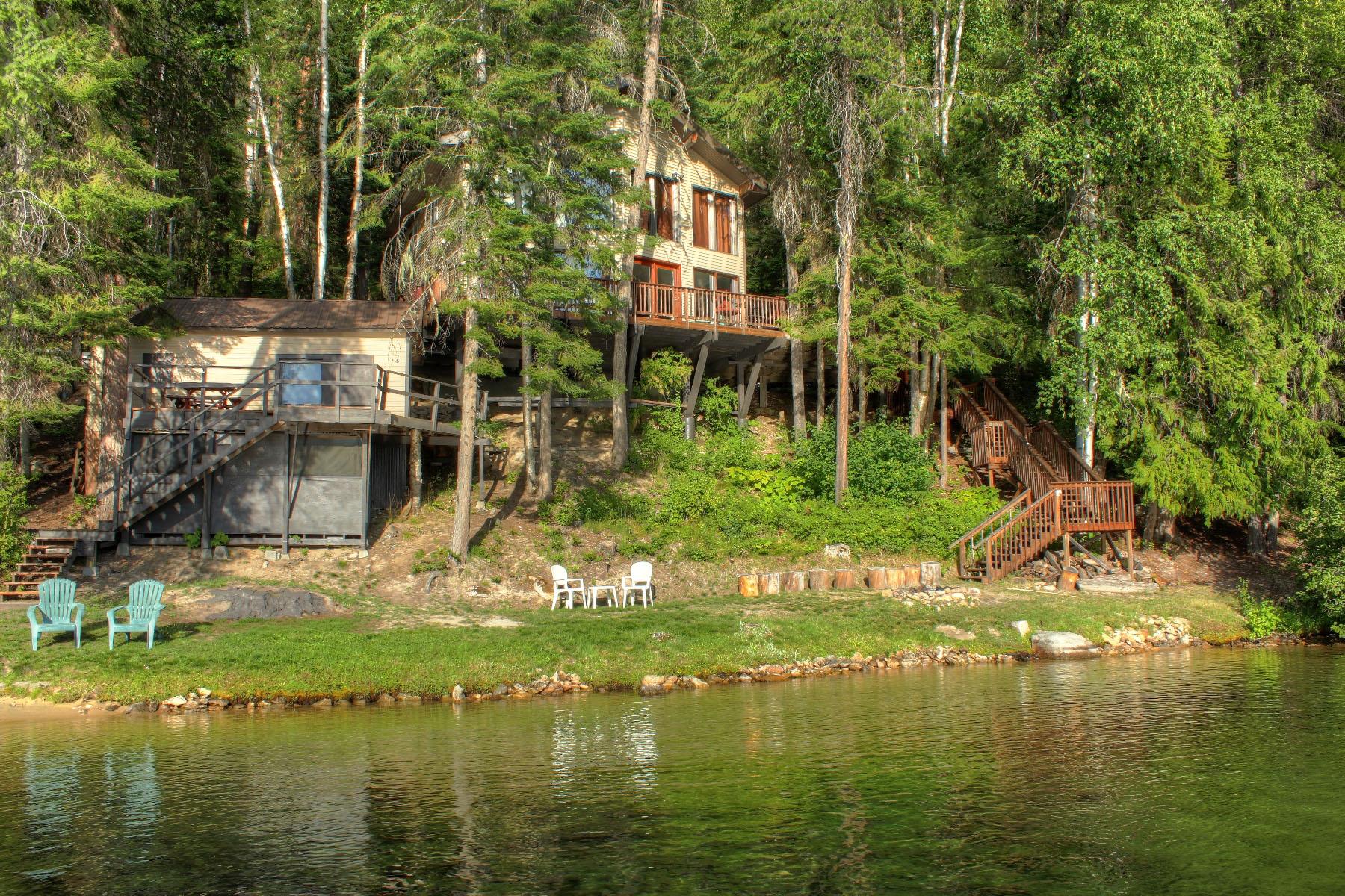 Villa per Vendita alle ore Waterfront home located in beautiful Cavanaugh Bay 308 E Cavanaugh Bay Rd Coolin, Idaho, 83821 Stati Uniti