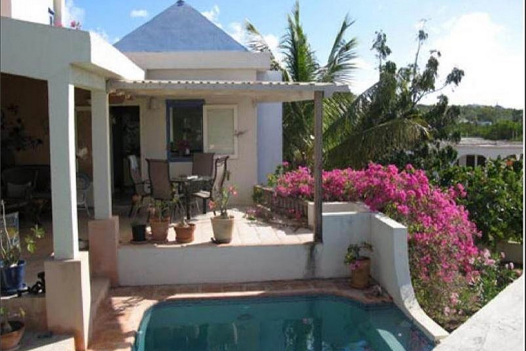 Casa Unifamiliar por un Venta en Reef's Totality West End Other Anguilla, AI 2640 Anguila