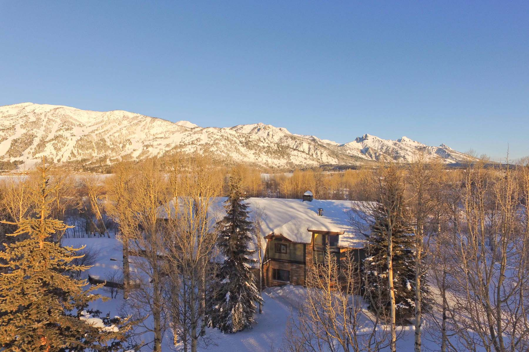 Villa per Vendita alle ore Lake Creek Ranch 6855 N Granite Creek Road Wilson, Wyoming, 83014 Jackson Hole, Stati Uniti