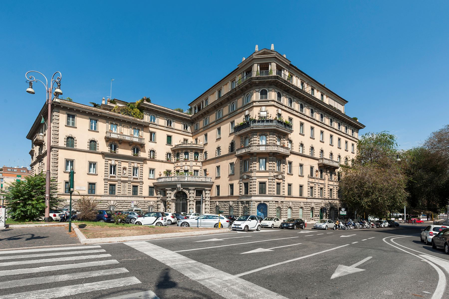 Apartment for Rent at High prestige office Piazzale delle belle Arti Rome, 00197 Italy
