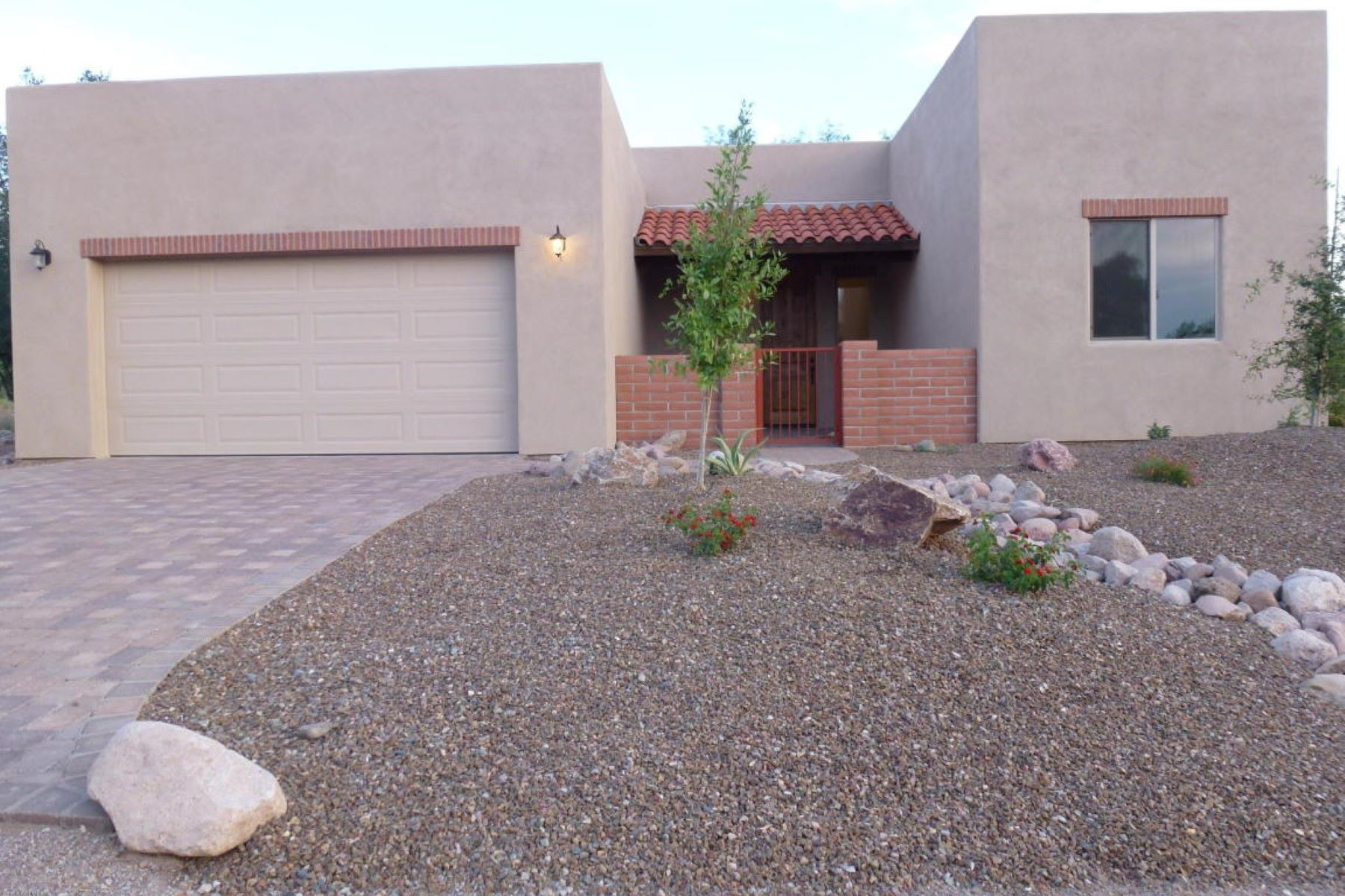 Single Family Home for Sale at New ''Anza'' model by Double E Builders 116 Circulo Sabino Tubac, Arizona, 85646 United States