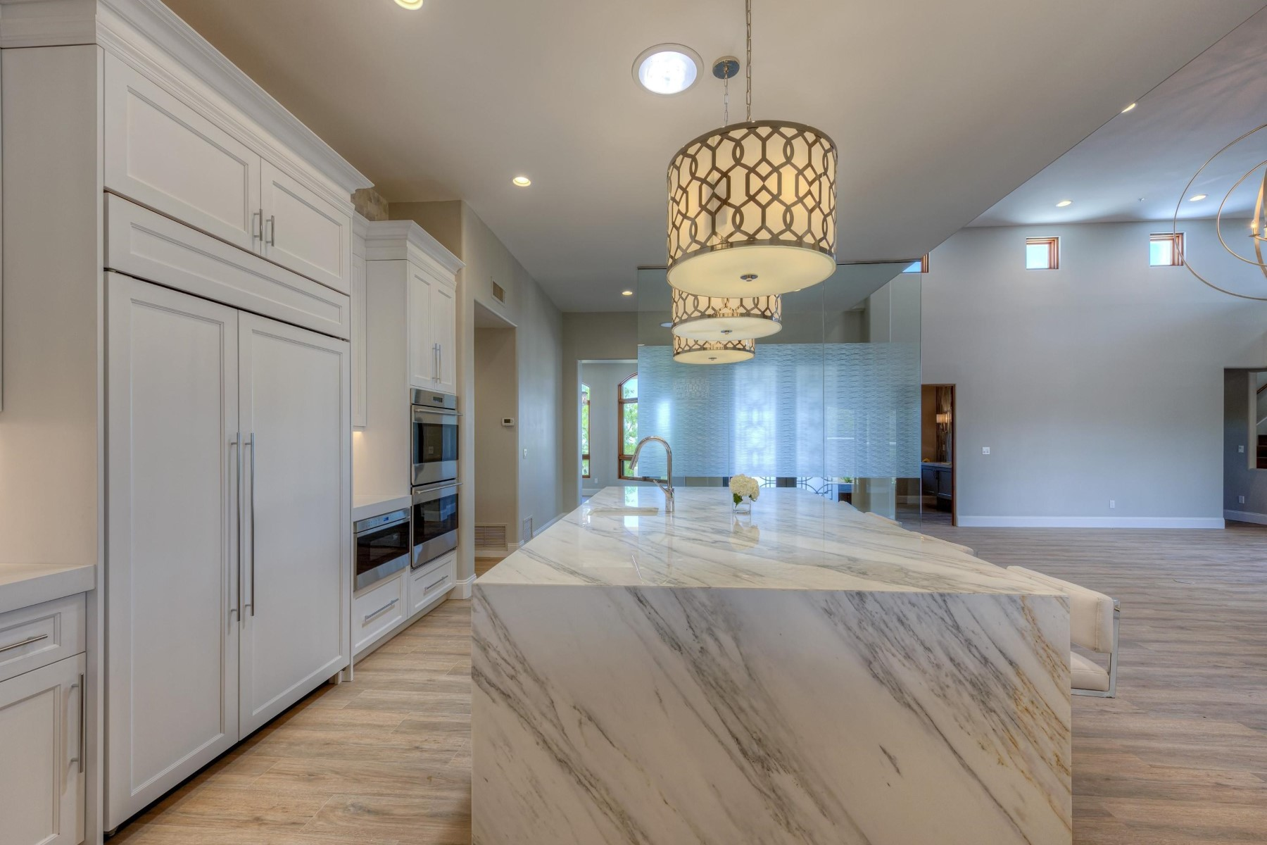 Single Family Home for Sale at Beautiful remodeled home on one of Desert Mountains premier golf lots 11313 E Mesquite Dr N Scottsdale, Arizona, 85262 United States