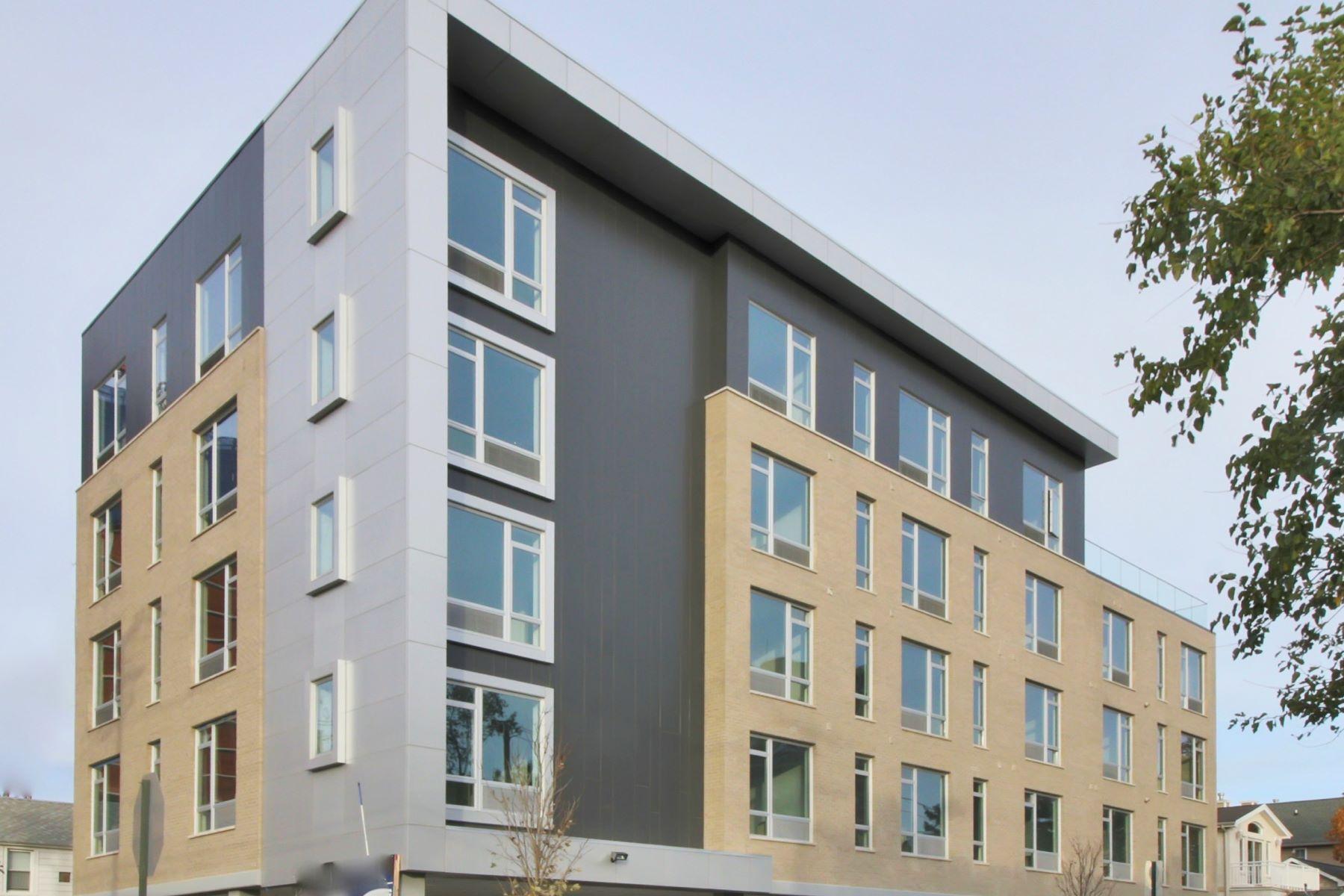 Квартира для того Аренда на The Cosmopolitan 159 Cedar Street #402 Fort Lee, Нью-Джерси 07024 Соединенные Штаты