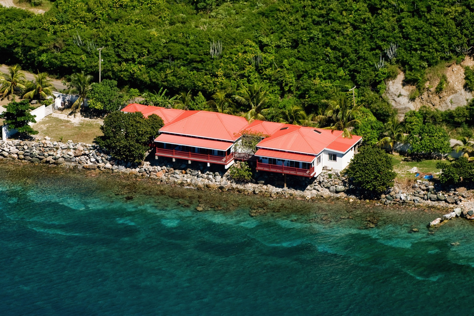 واحد منزل الأسرة للـ Sale في Fort Recovery Waterfront Villa Towers, Tortola British Virgin Islands